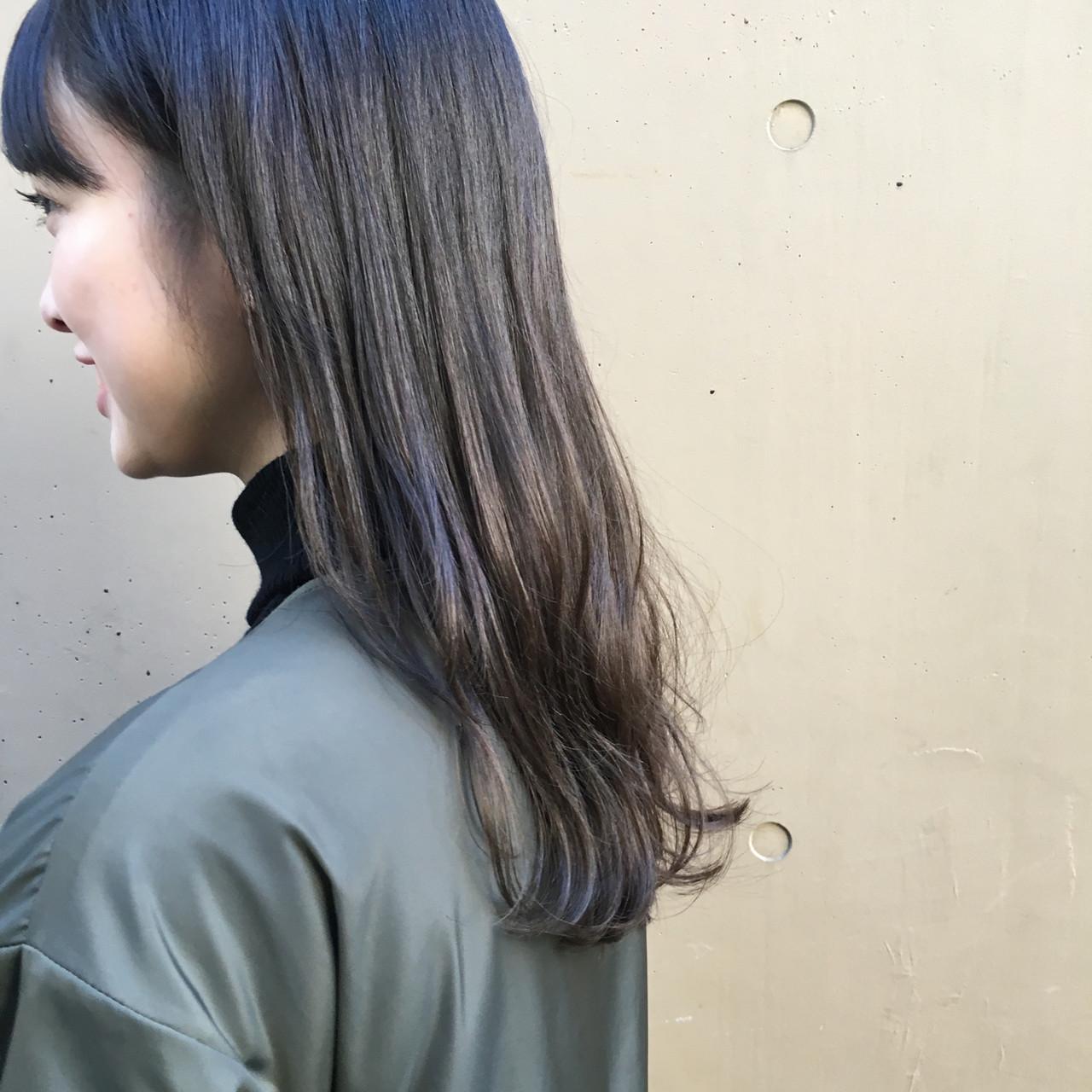 暗髪 おしゃれ 外国人風カラー くすみカラー ヘアスタイルや髪型の写真・画像