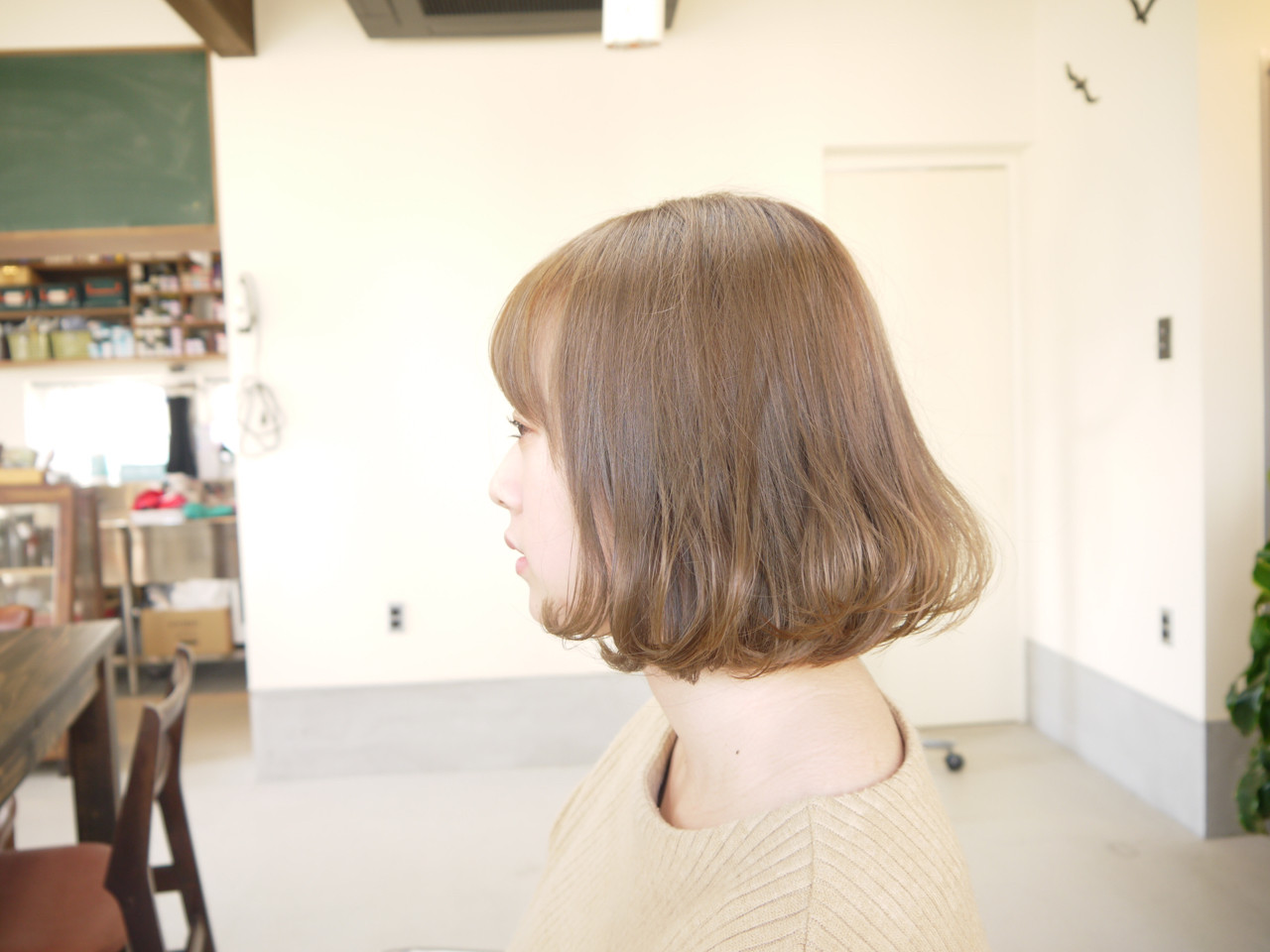 ナチュラル ベージュ ダブルカラー ボブ ヘアスタイルや髪型の写真・画像