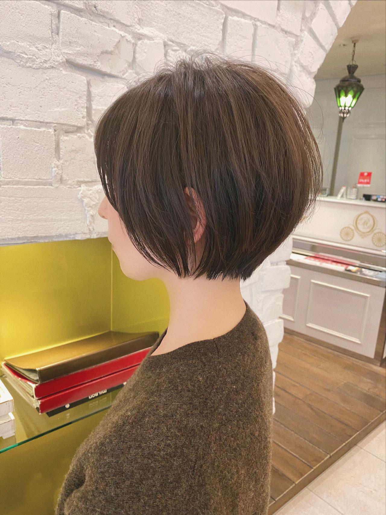 ショートボブ 大人かわいい ショートヘア デート ヘアスタイルや髪型の写真・画像 | 石川有里彩 / リュドール栄