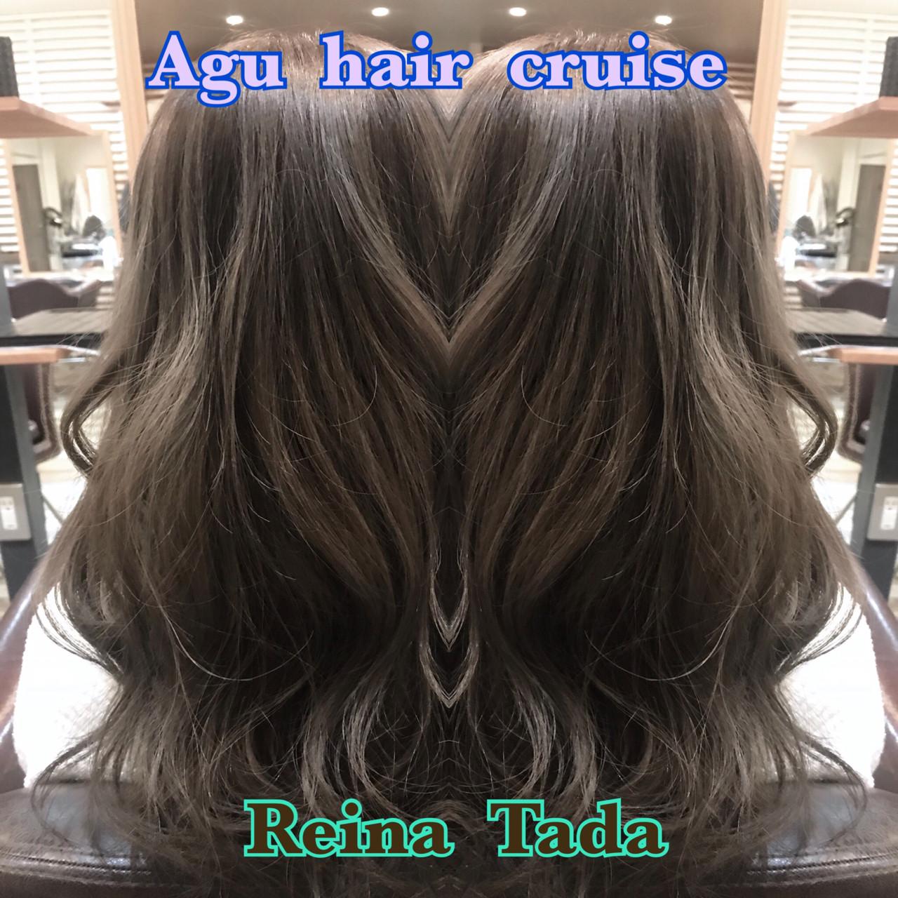 グレージュ♡♡ブリーチなしでも、しっかり赤味を消して透明感のある仕上がりに♡♡巻き髪との相性抜群です♡♡