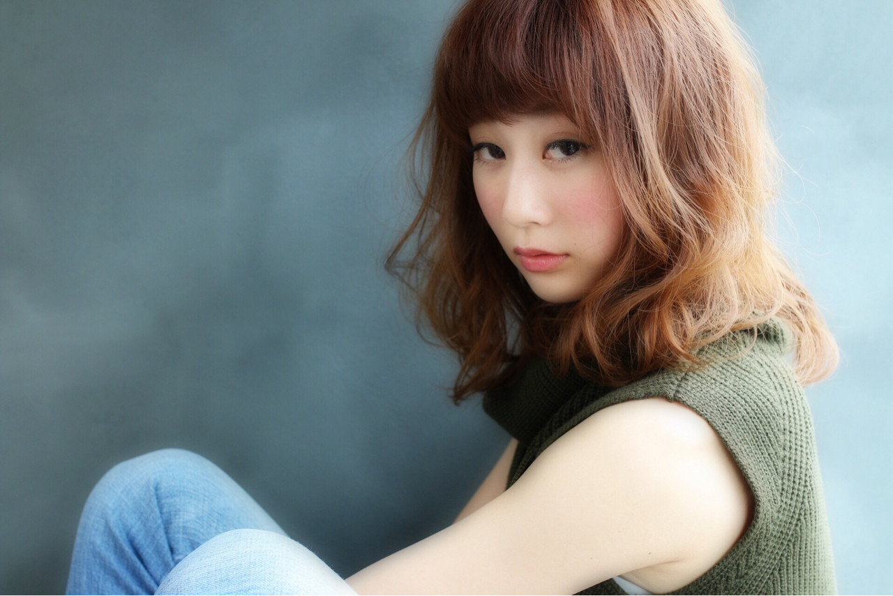 レイヤーカット フェミニン ゆるふわ 外国人風 ヘアスタイルや髪型の写真・画像   Shoichiro Toyota / soin de brace 西大寺