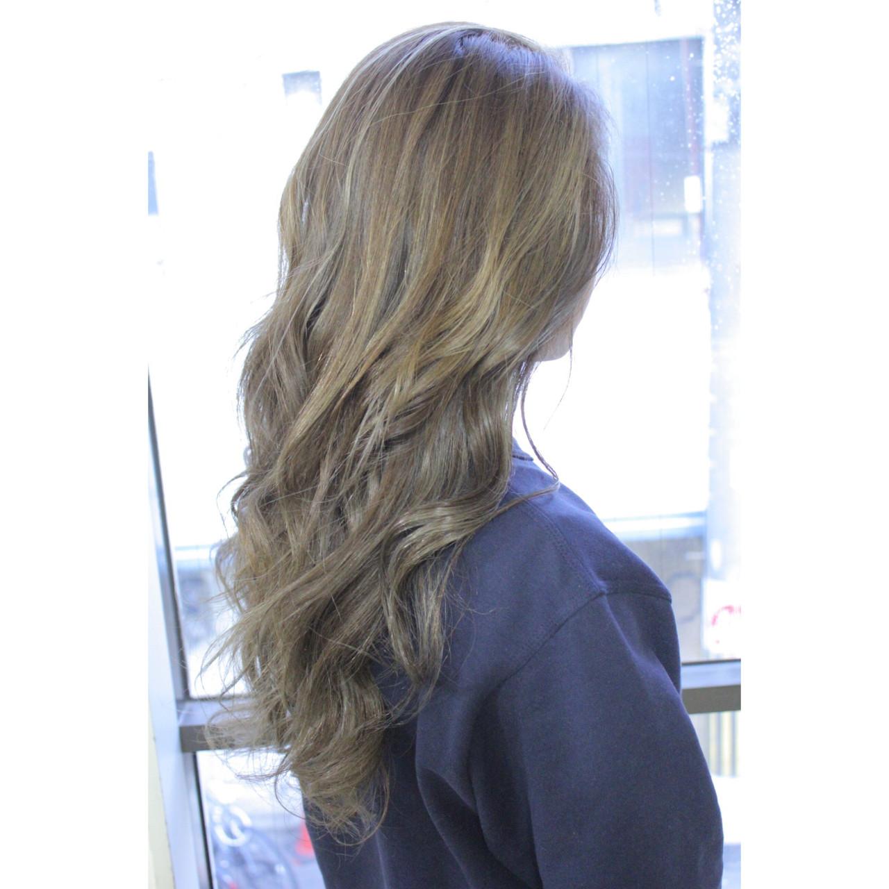 フリンジバング デート 色気 マッシュ ヘアスタイルや髪型の写真・画像