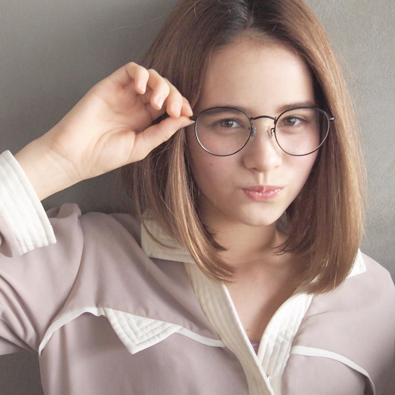 ミディアム ストレート 大人女子 ナチュラル ヘアスタイルや髪型の写真・画像