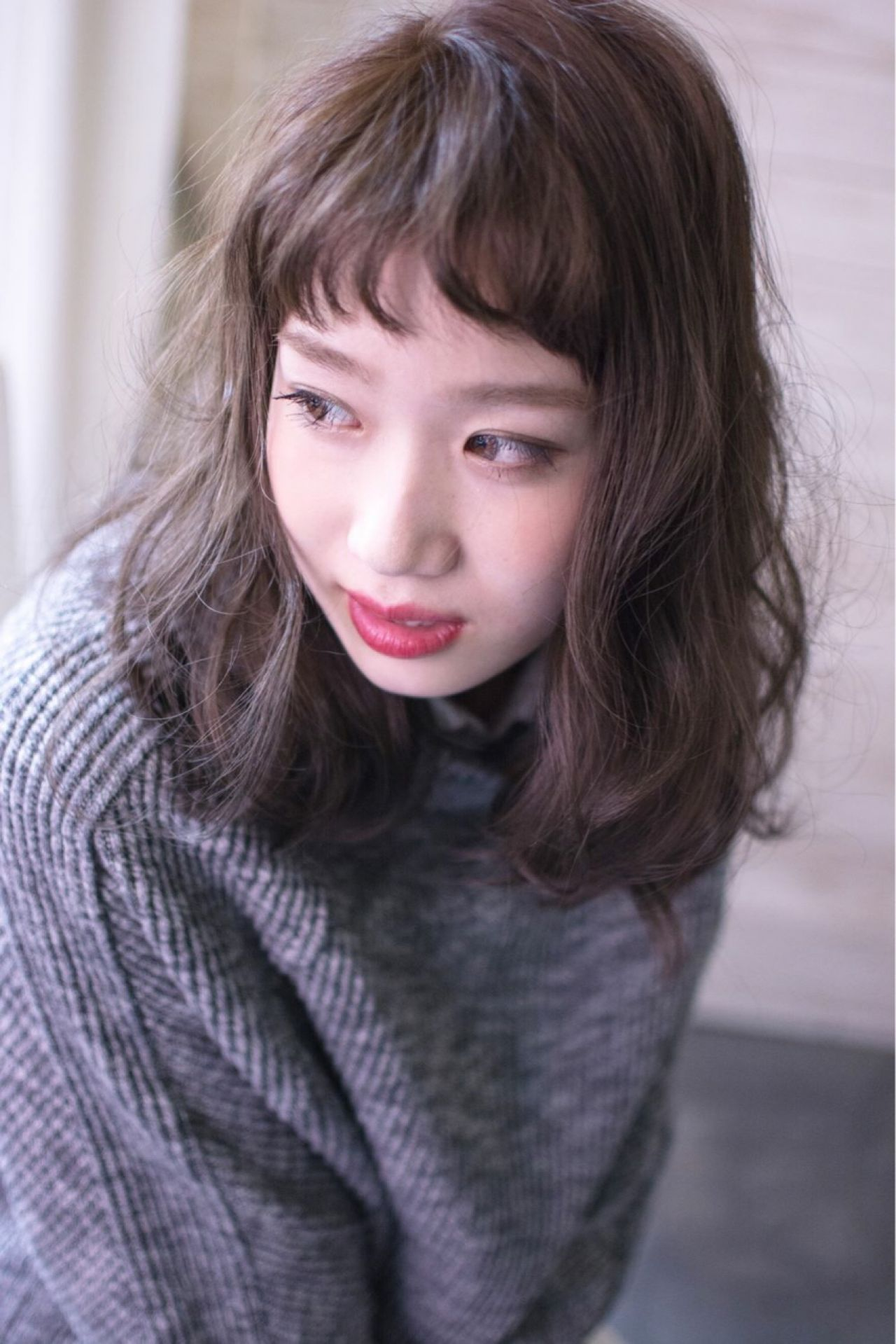 ミディアム フェミニン ゆるふわ シースルーバング ヘアスタイルや髪型の写真・画像