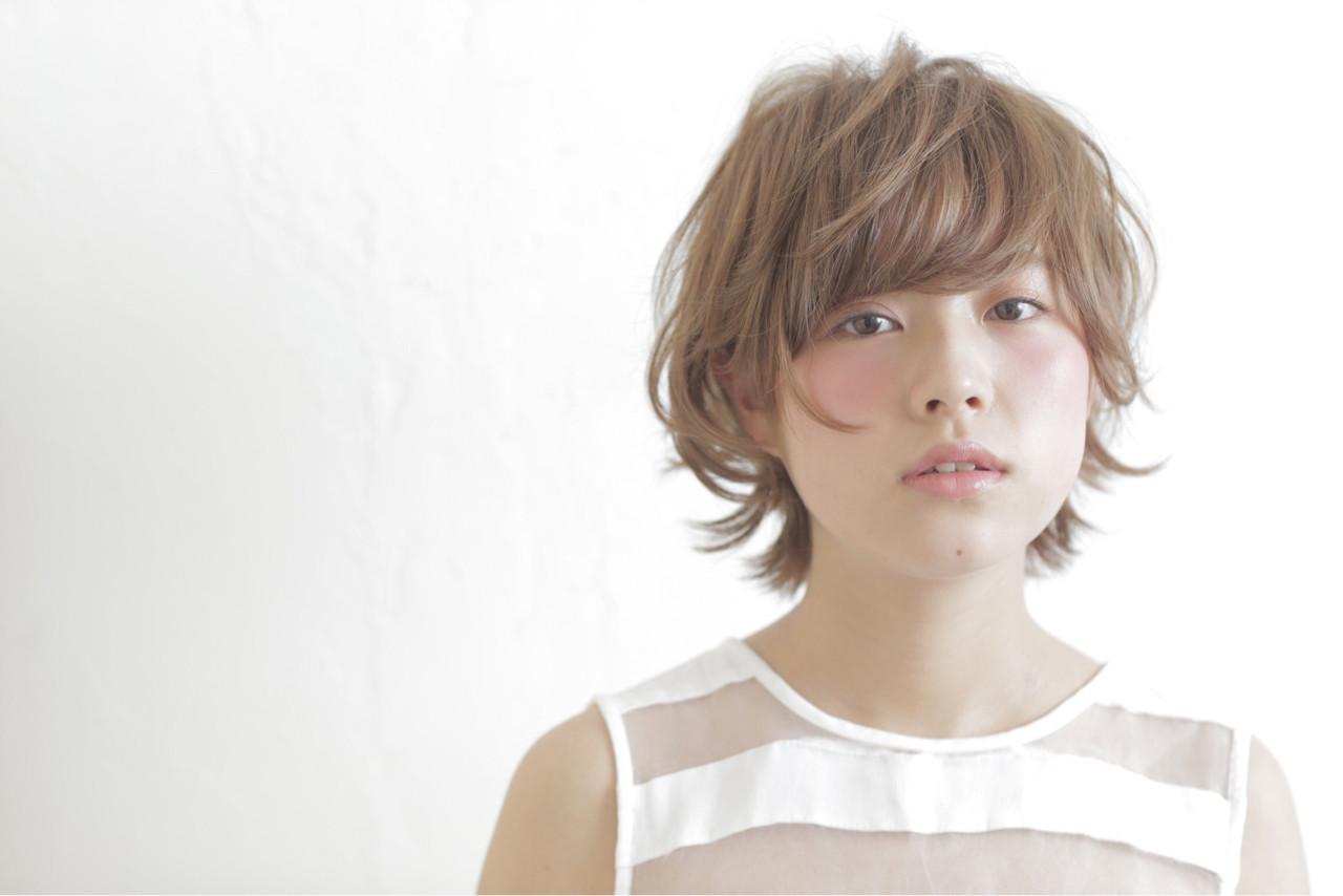 ガーリー フェミニン ショート パーマ ヘアスタイルや髪型の写真・画像 | 井手口 倫也 / luve heart's And Be+Eclat