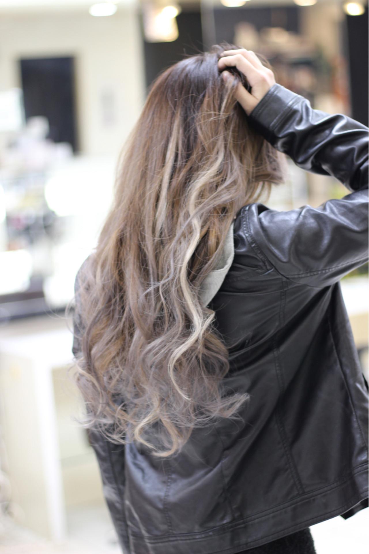 外国人風 グラデーションカラー ハイライト ロング ヘアスタイルや髪型の写真・画像