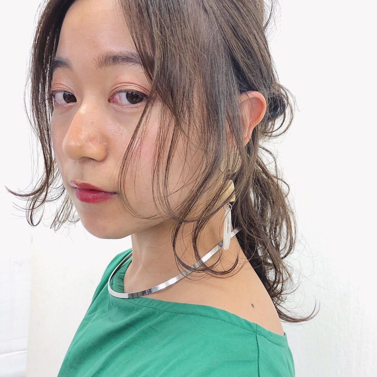 セミロング 夏 ヘアアレンジ 大人かわいい ヘアスタイルや髪型の写真・画像
