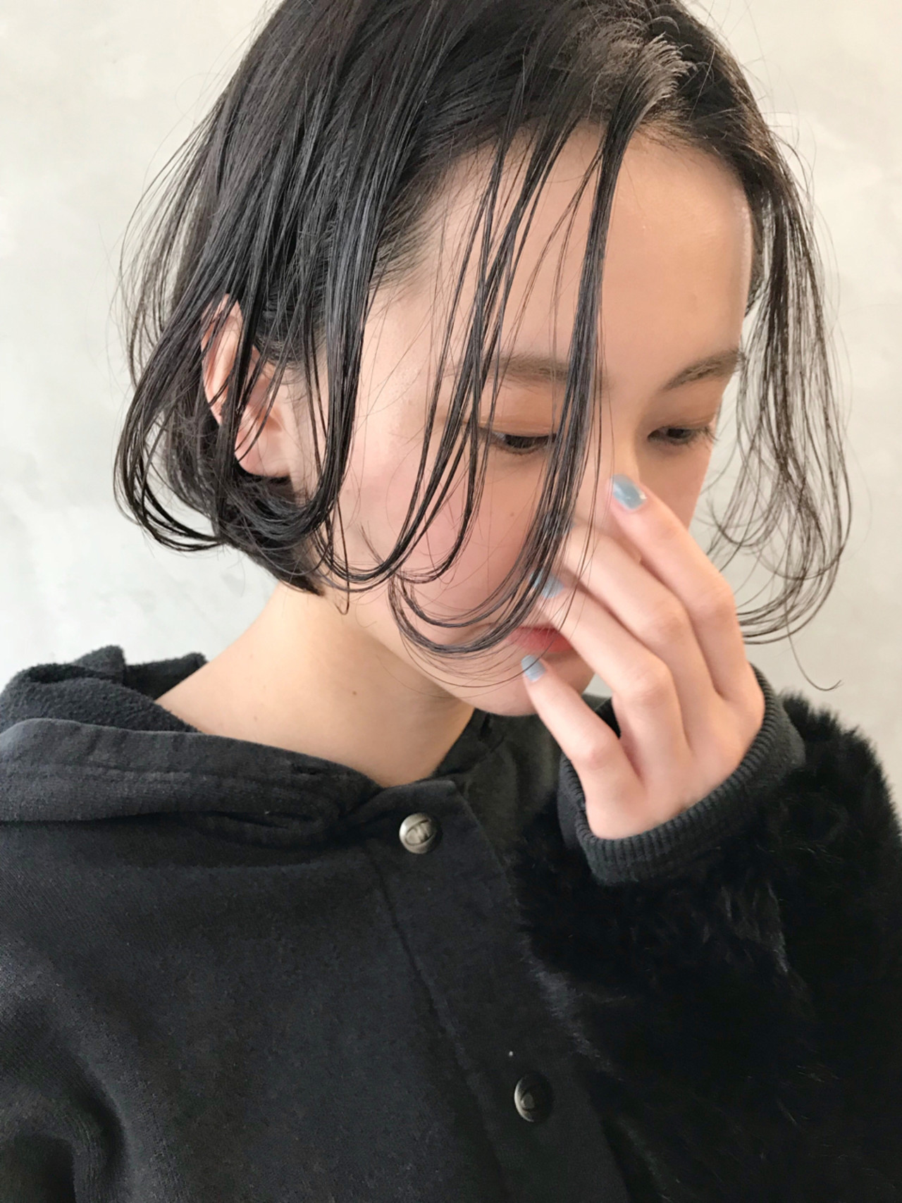 抜け感 色気 大人かわいい フェミニン ヘアスタイルや髪型の写真・画像   磯部巧 / brisa