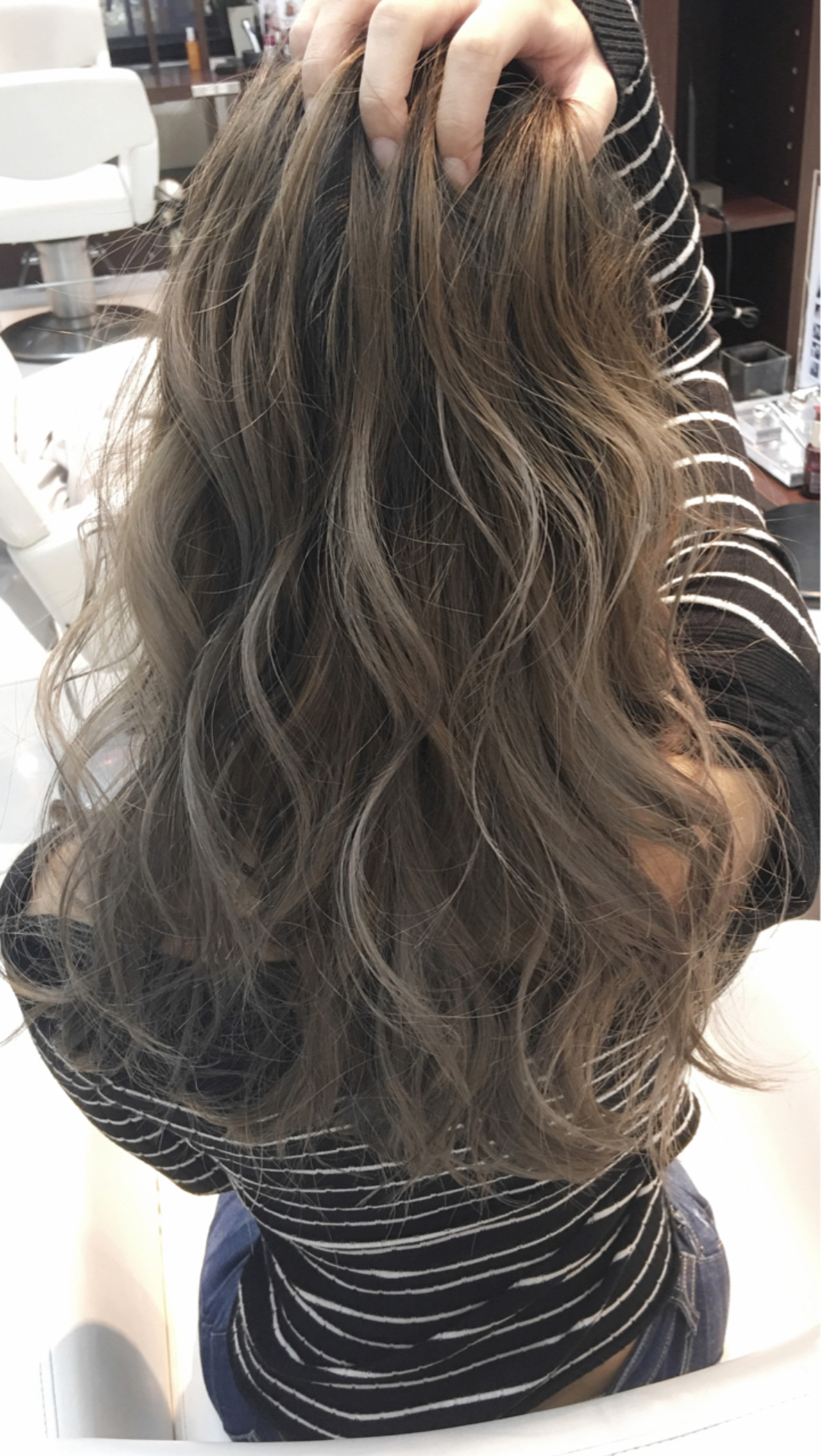 秋 ロング ハイライト モード ヘアスタイルや髪型の写真・画像
