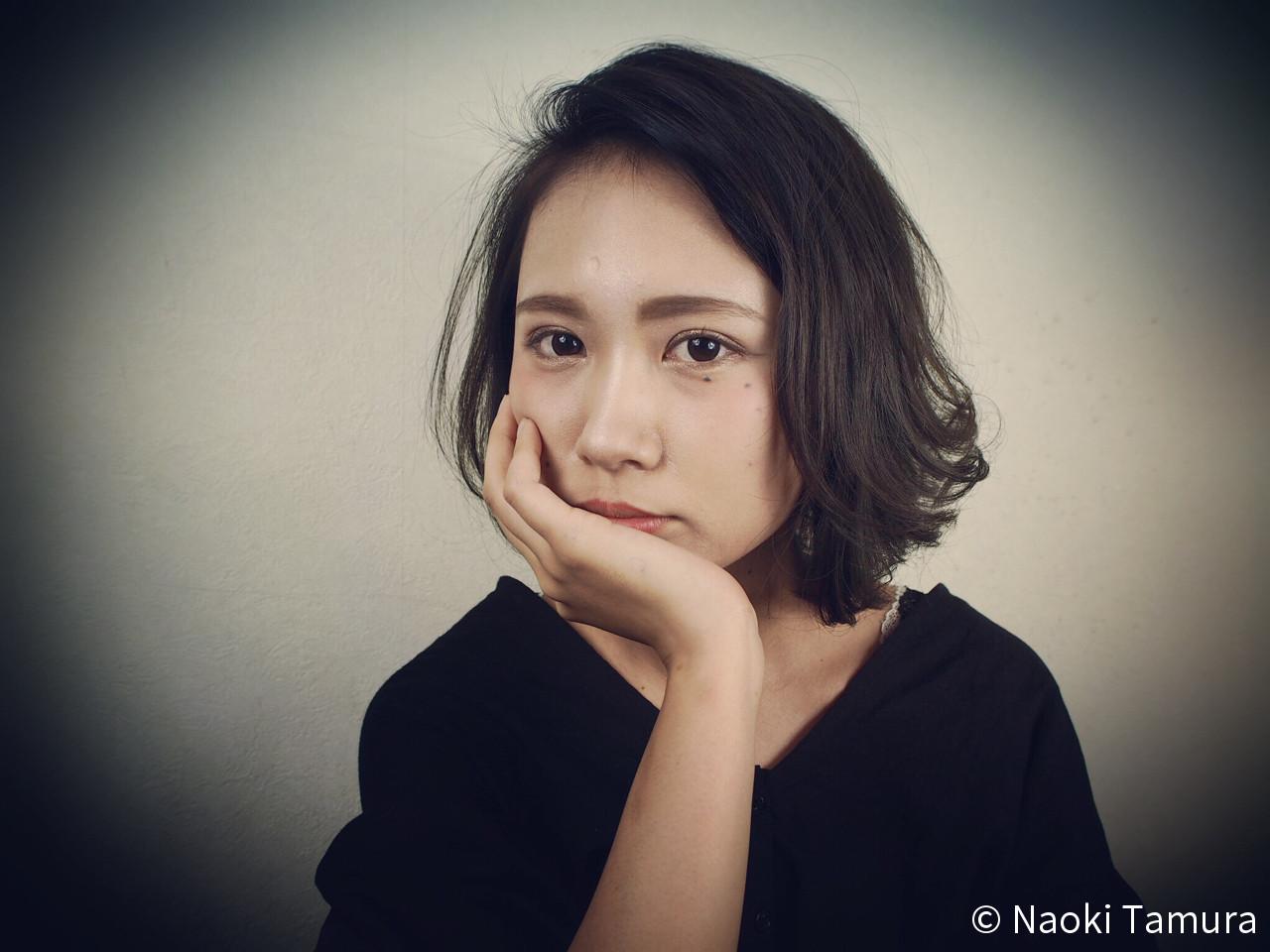 前髪あり こなれ感 かき上げ前髪 大人女子 ヘアスタイルや髪型の写真・画像   Naoki Tamura / 、