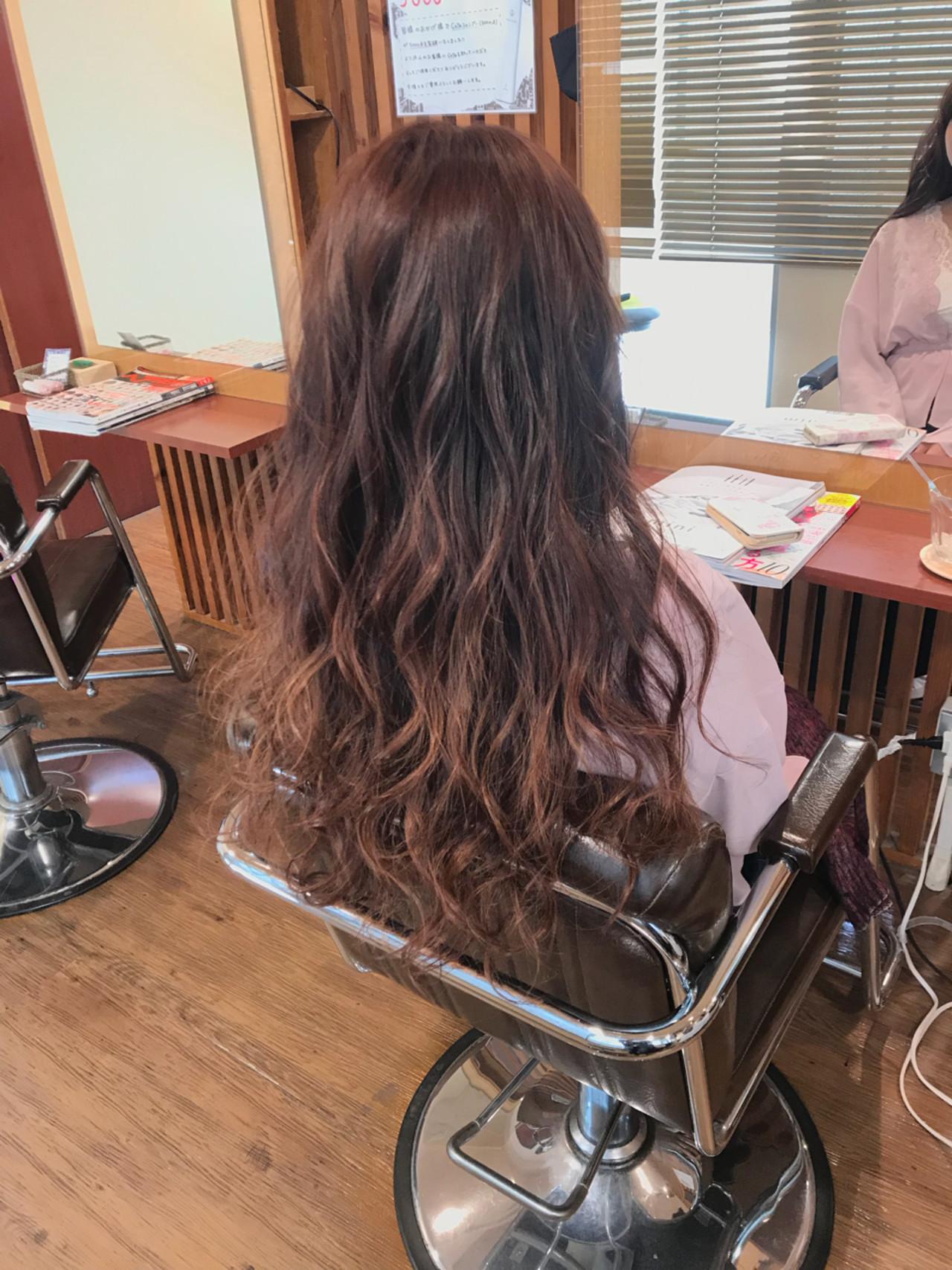 外国人風 上品 バレイヤージュ ハイライト ヘアスタイルや髪型の写真・画像
