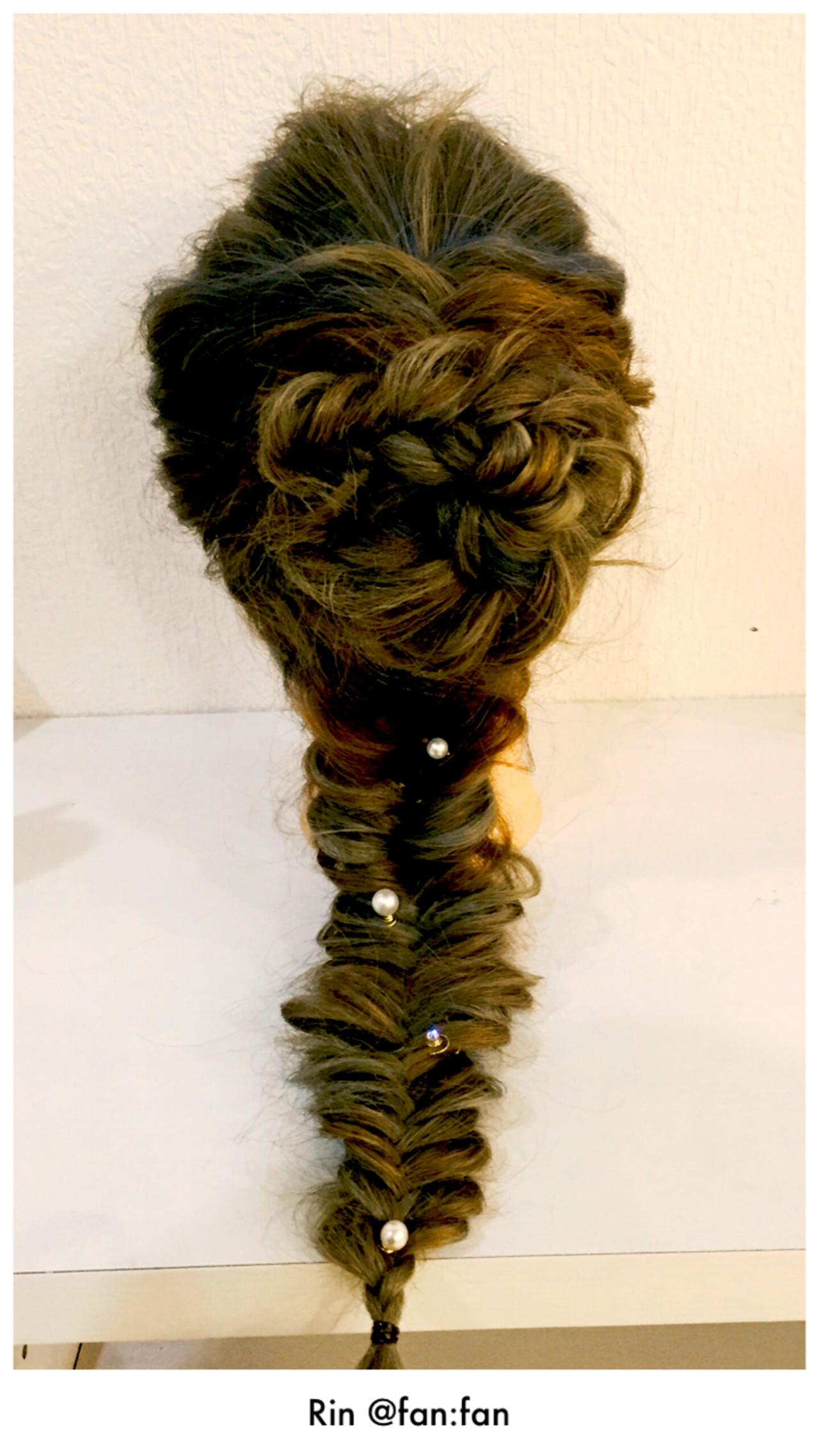 ナチュラル 編み込み ロング ポニーテール ヘアスタイルや髪型の写真・画像