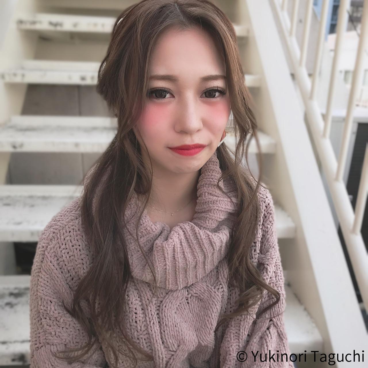 デート グレージュ ヘアアレンジ ロング ヘアスタイルや髪型の写真・画像