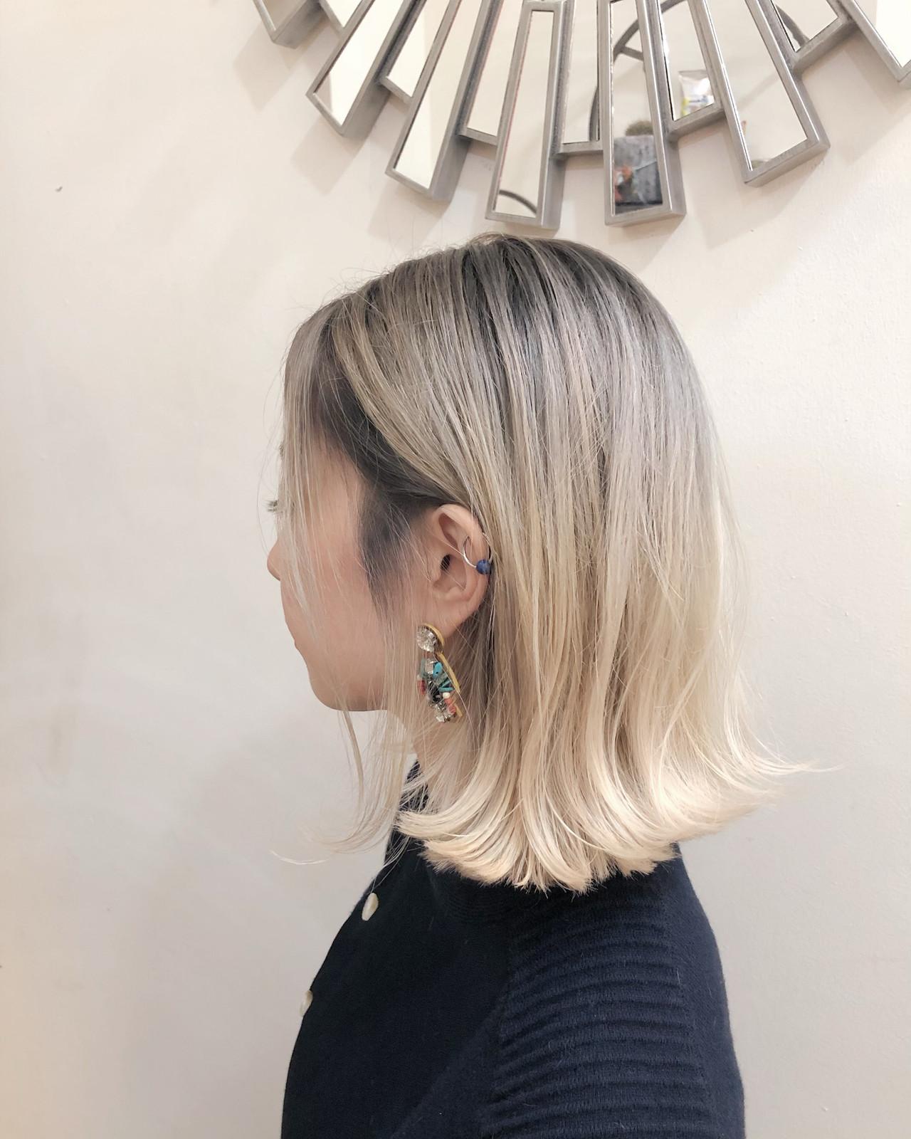 インナーカラー ナチュラル 切りっぱなしボブ グラデーションカラー ヘアスタイルや髪型の写真・画像