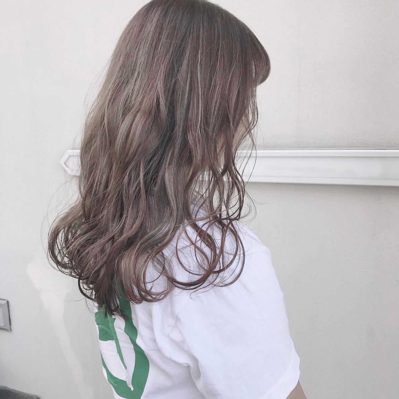 ミルクティーベージュ 外国人風カラー ベージュカラー ガーリー ヘアスタイルや髪型の写真・画像