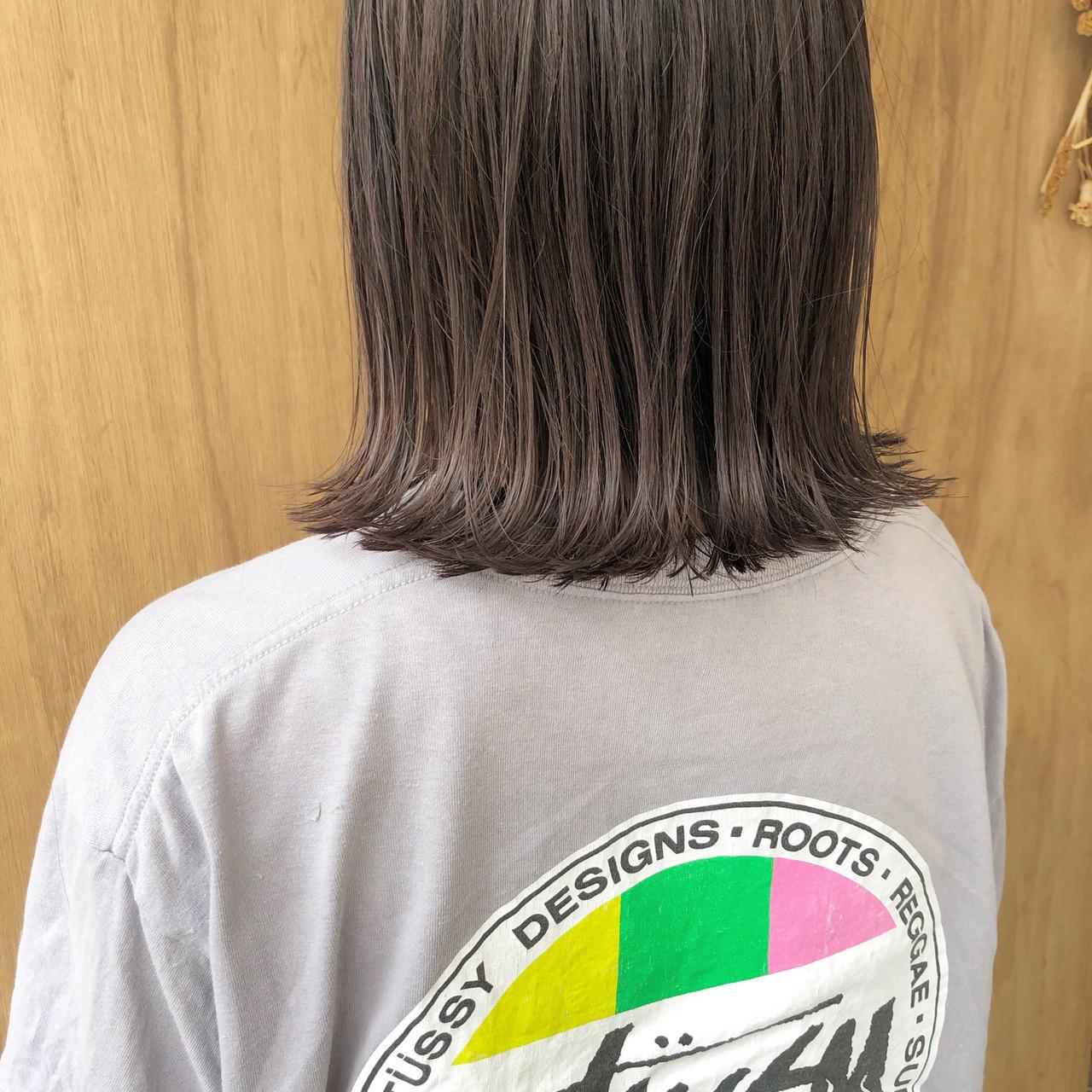 ボブ 外ハネボブ ショートボブ 切りっぱなしボブ ヘアスタイルや髪型の写真・画像   松井勇樹 / TWiGGY  歩行町店