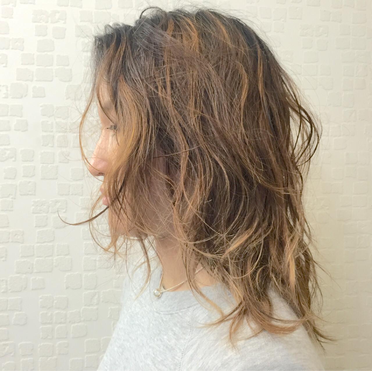 パーマ ナチュラル 大人かわいい ゆるふわ ヘアスタイルや髪型の写真・画像 | Akane Ueda / Chillin Room