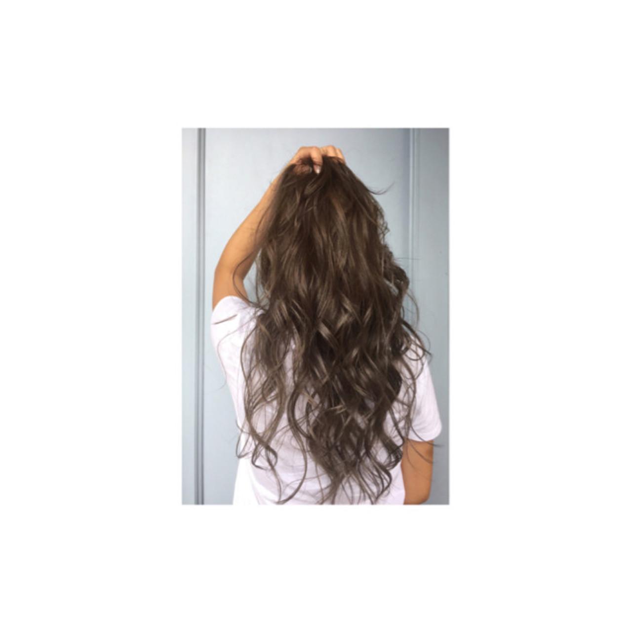 ロング 渋谷系 ナチュラル 外国人風 ヘアスタイルや髪型の写真・画像 | teddy / grauge hair