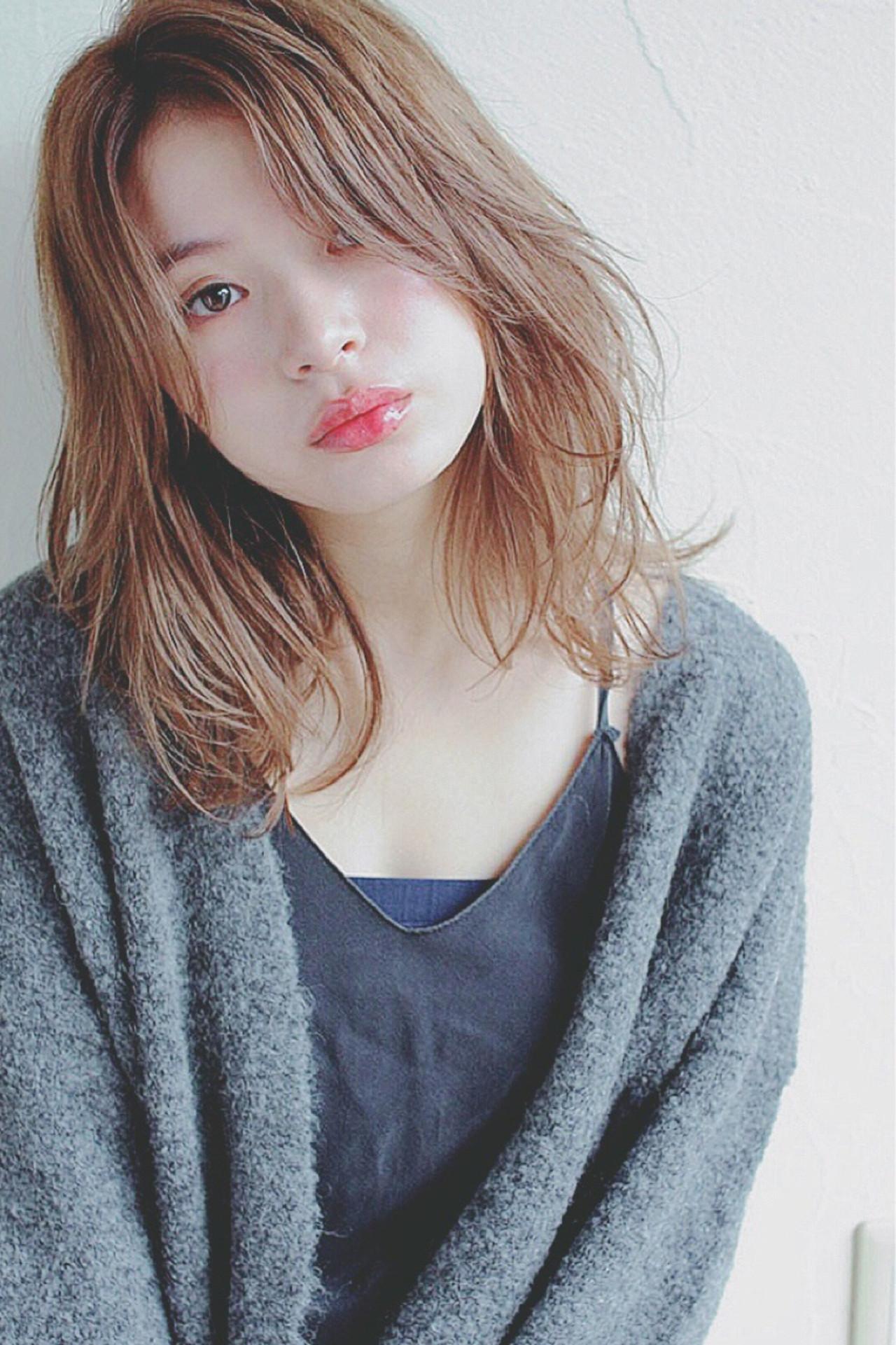 リラックス ナチュラル 女子会 アンニュイ ヘアスタイルや髪型の写真・画像 | Mirai / Lilou