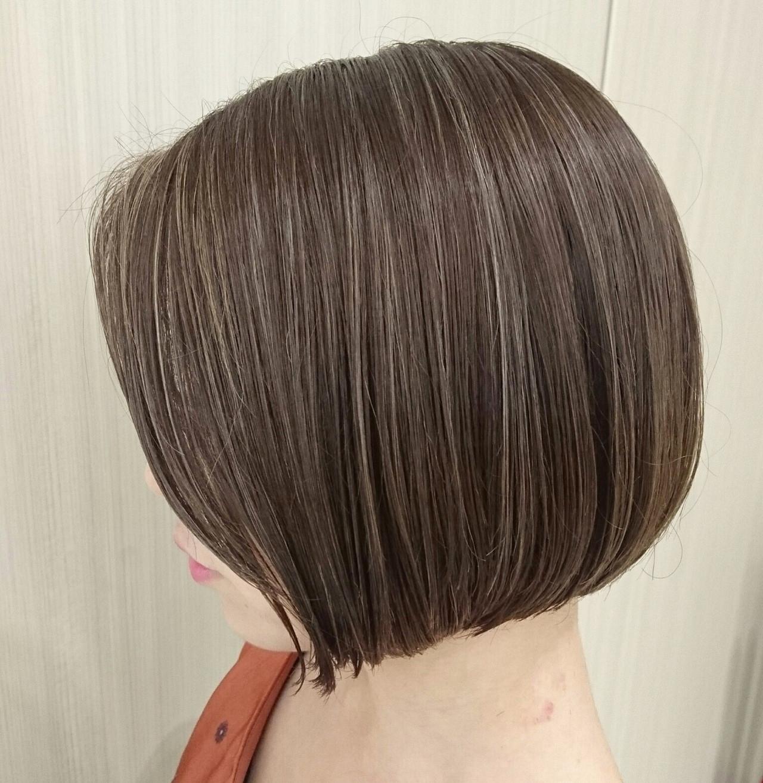 ミニボブ 簡単スタイリング ボブ ハイライト ヘアスタイルや髪型の写真・画像