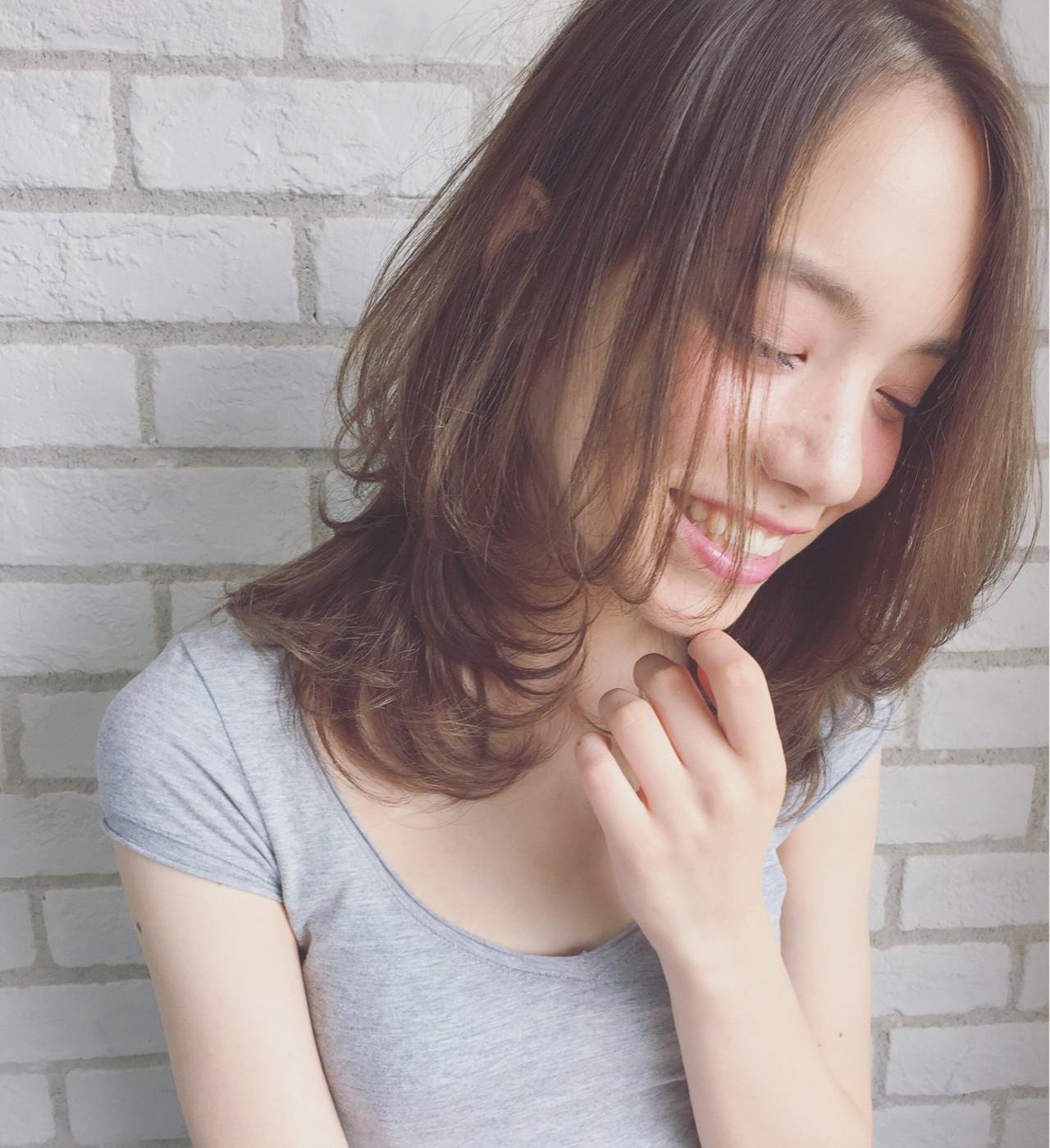 ナチュラル 外国人風 ショート グレージュ ヘアスタイルや髪型の写真・画像 | 柴田 夏実 / ALBUM