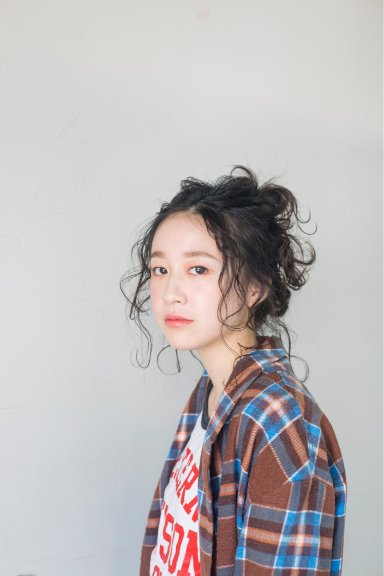 ヘアアレンジ リラックス ミディアム ガーリー ヘアスタイルや髪型の写真・画像 | 星川サトシ / Raymond