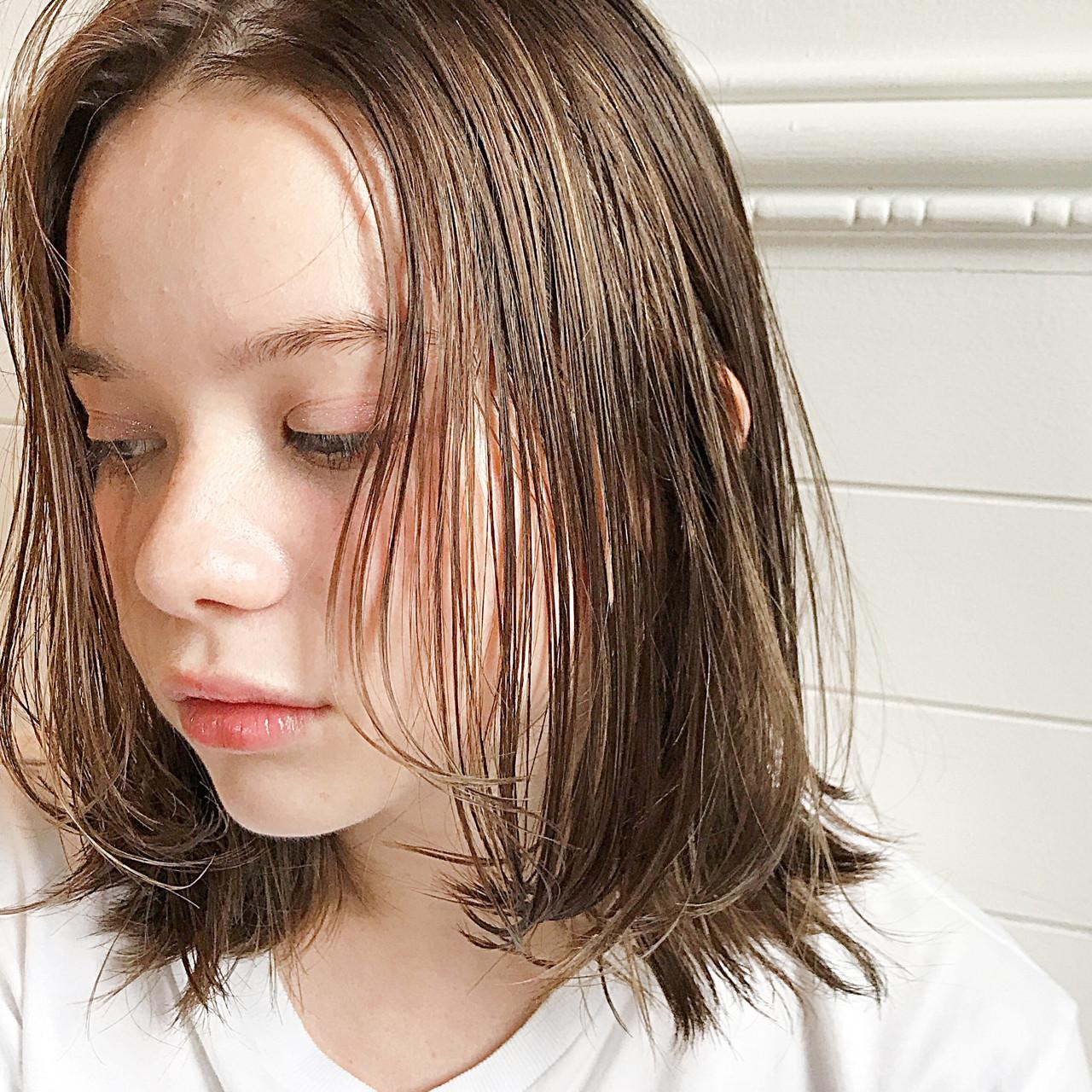 オフィス ミディアム ヘアアレンジ デート ヘアスタイルや髪型の写真・画像