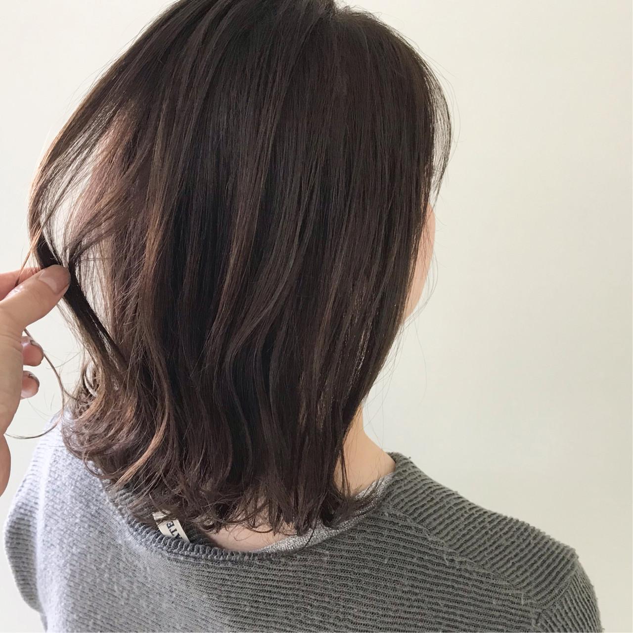 アンニュイほつれヘア オフィス 外ハネボブ デート ヘアスタイルや髪型の写真・画像