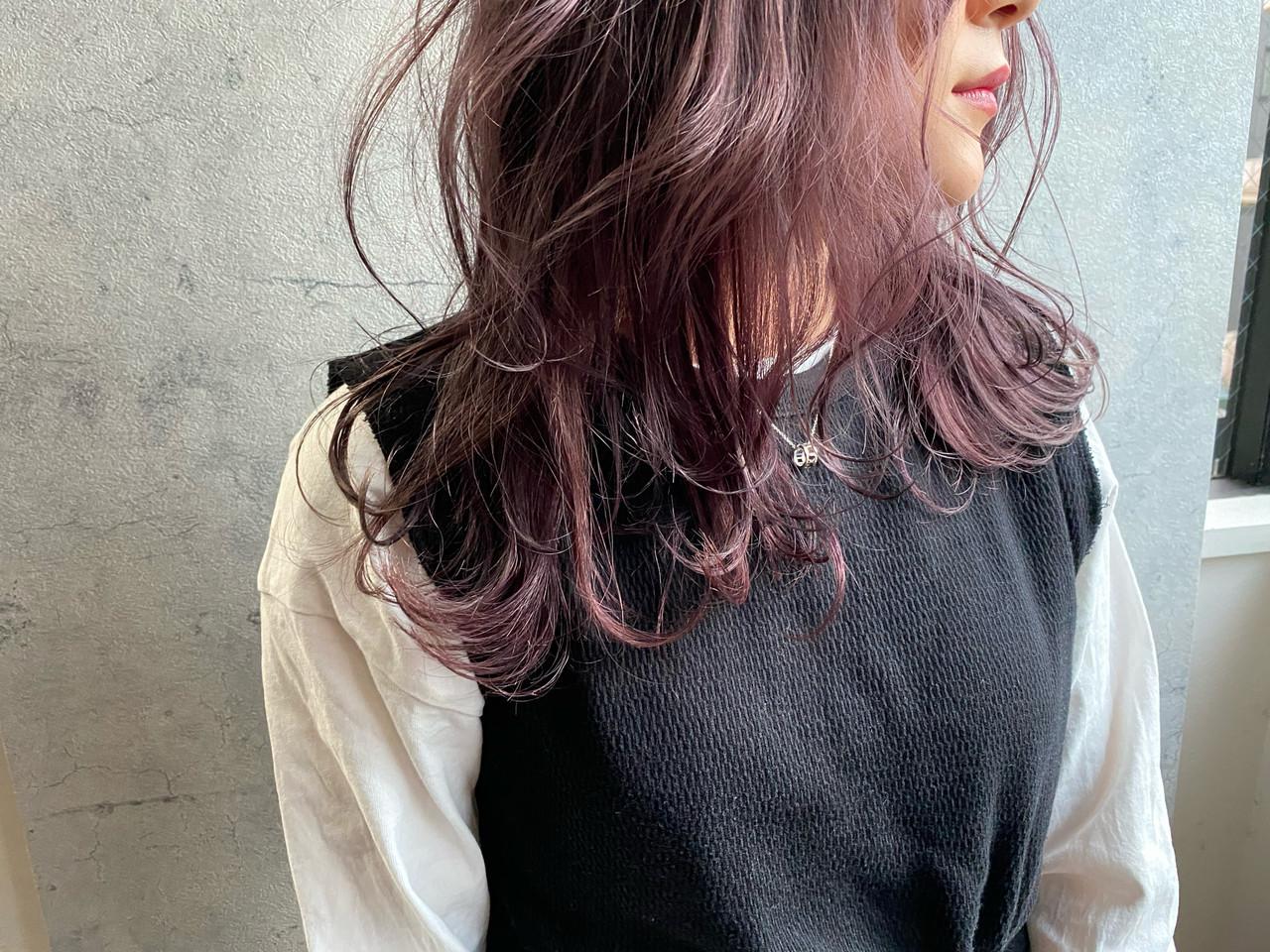 ラベンダーグレージュ ラベンダーアッシュ フェミニン ピンクラベンダー ヘアスタイルや髪型の写真・画像