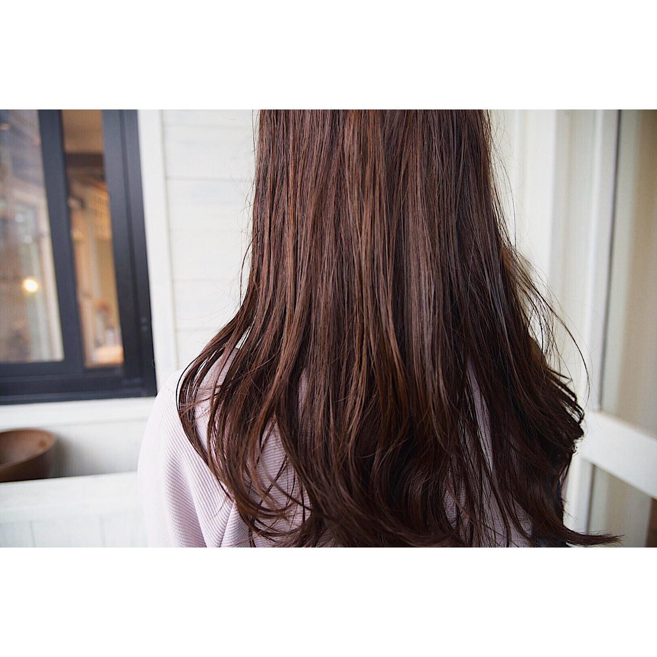 ナチュラル ウェーブ ゆるふわ 外ハネ ヘアスタイルや髪型の写真・画像 | ニシモリ ショウヘイ / 583koyomi