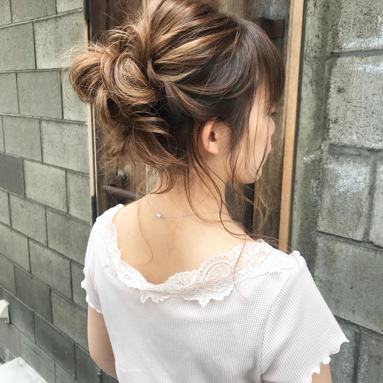 お団子 ヘアアレンジ セミロング 結婚式 ヘアスタイルや髪型の写真・画像