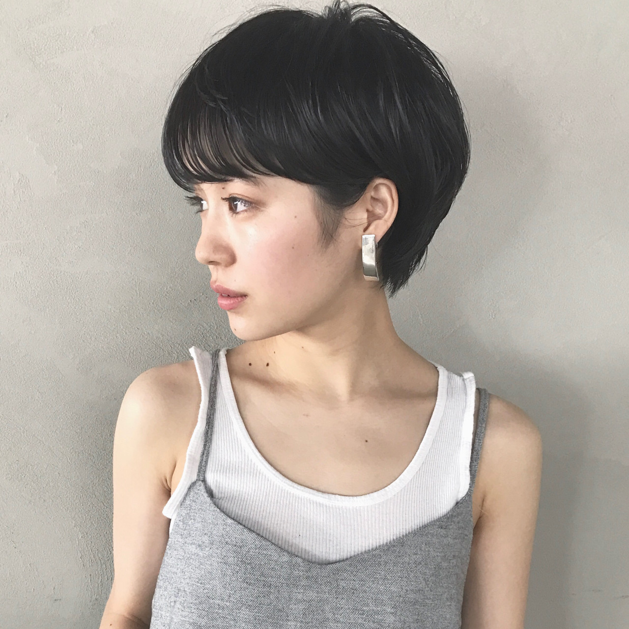 ショート 前髪あり ナチュラル ショートボブ ヘアスタイルや髪型の写真・画像 | 高橋 忍 / nanuk渋谷店(ナヌーク)