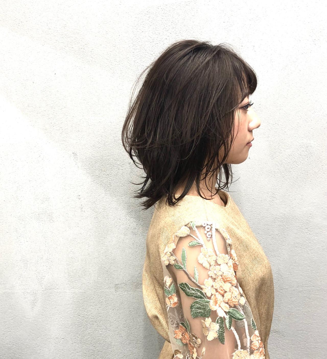 ワンカールスタイリング アッシュベージュ 簡単スタイリング ナチュラル ヘアスタイルや髪型の写真・画像