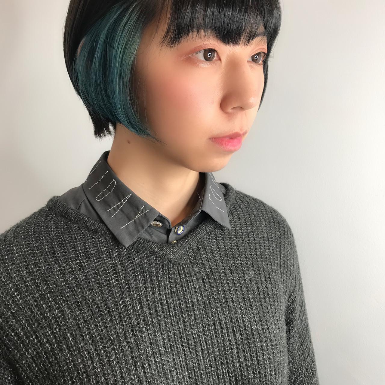 インナーブルー ターコイズブルー ストリート カラーバター ヘアスタイルや髪型の写真・画像