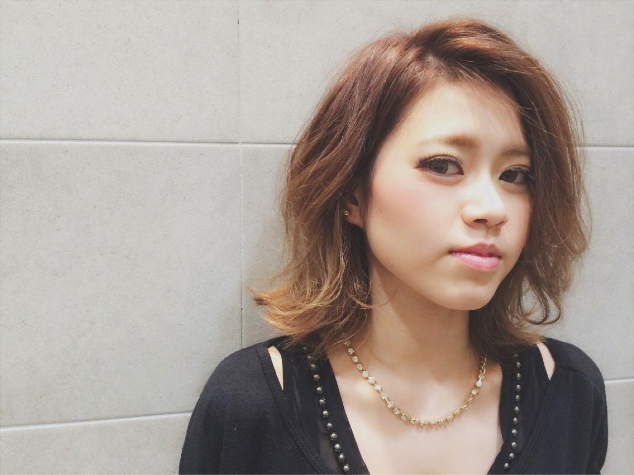 ミディアム ストリート グラデーションカラー 外国人風 ヘアスタイルや髪型の写真・画像