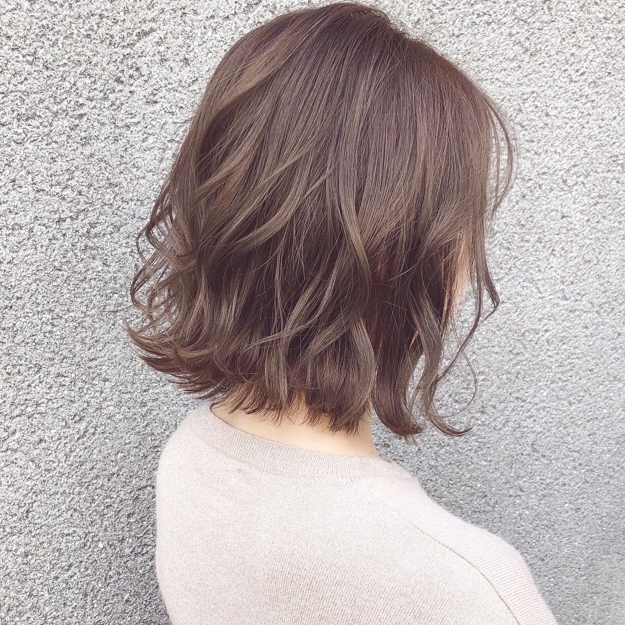 パーマ アンニュイほつれヘア フェミニン ボブ ヘアスタイルや髪型の写真・画像