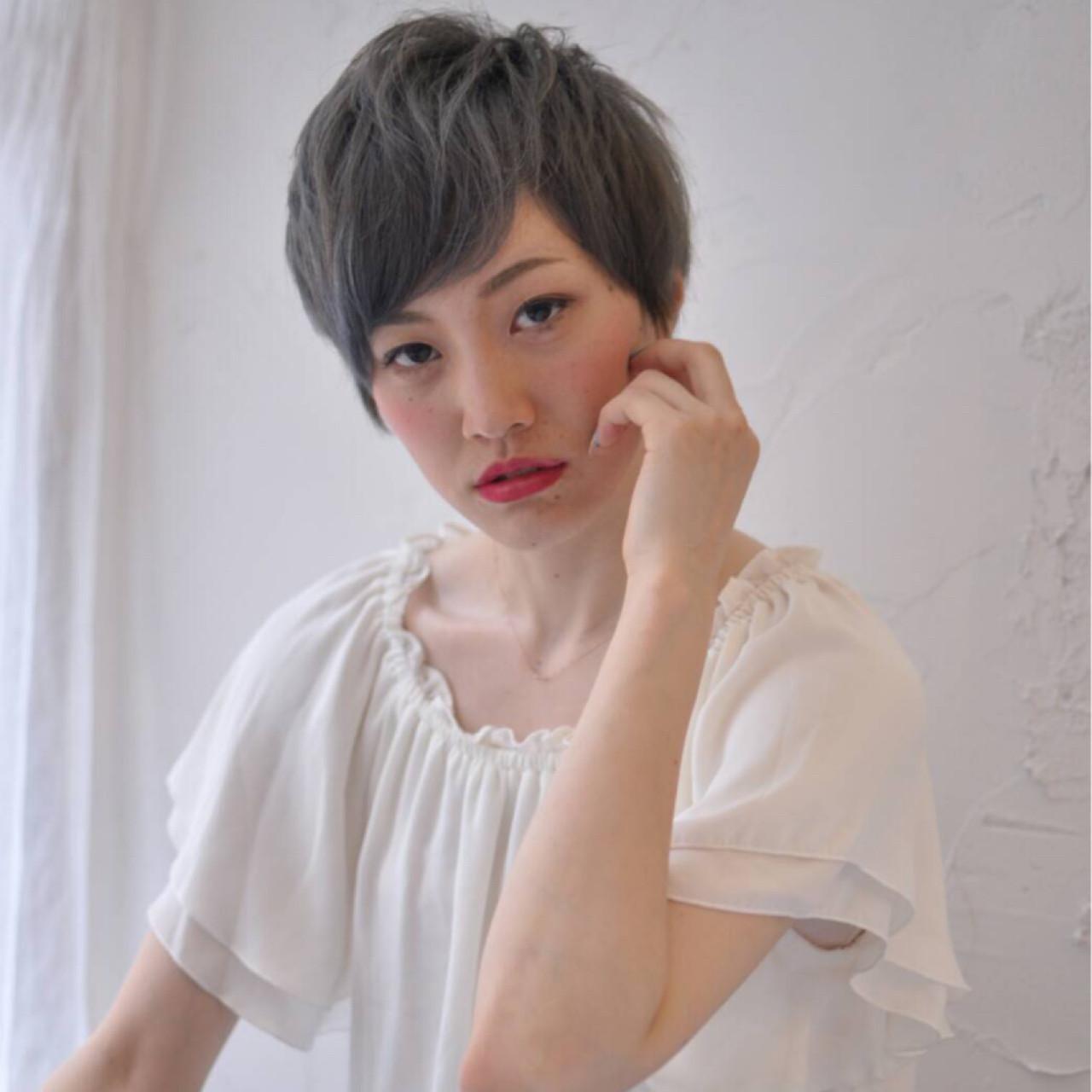 ベリーショート こなれ感 ショート フェミニン ヘアスタイルや髪型の写真・画像