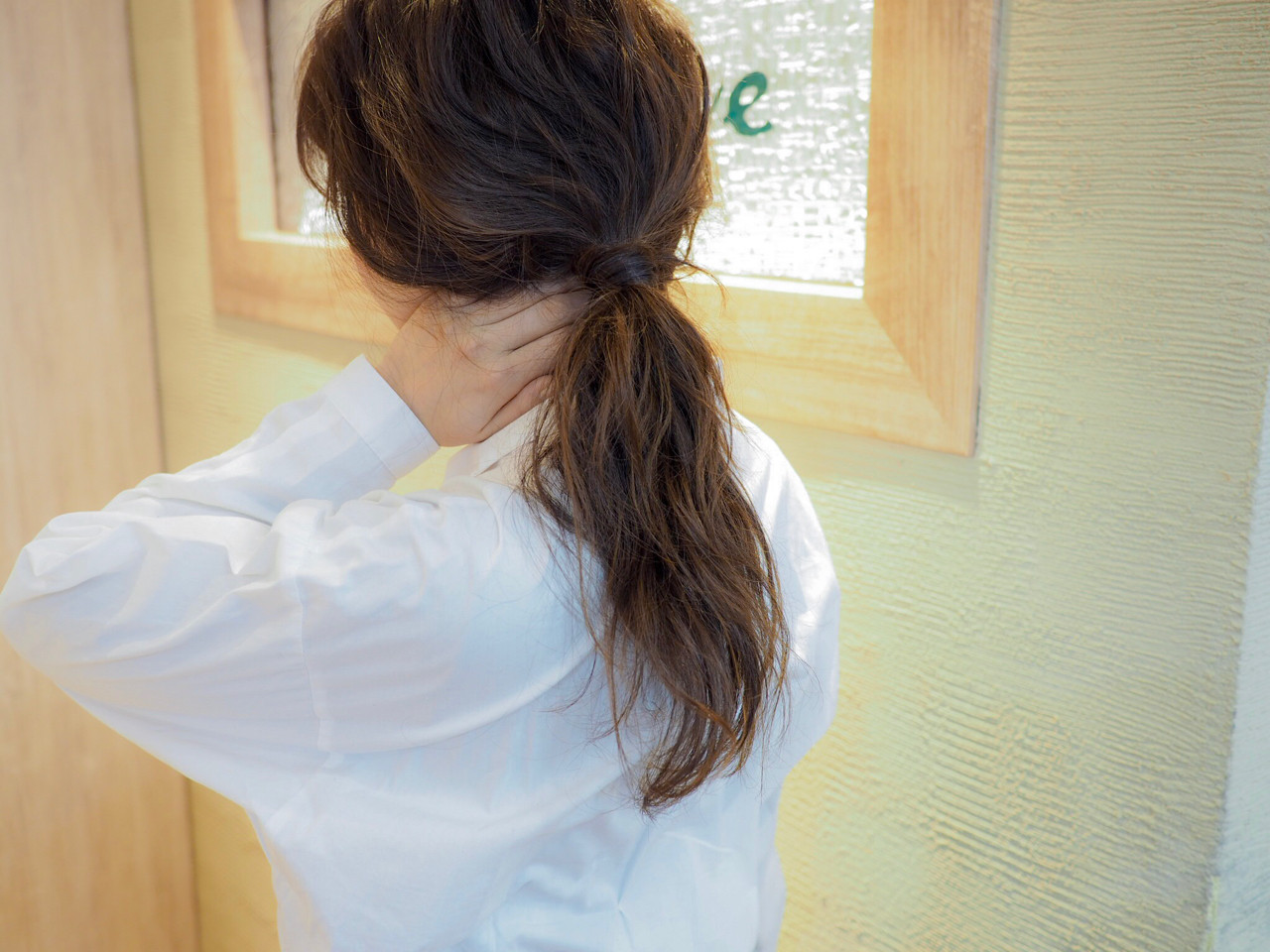ナチュラル ウェーブ ポニーテール ヘアアレンジ ヘアスタイルや髪型の写真・画像