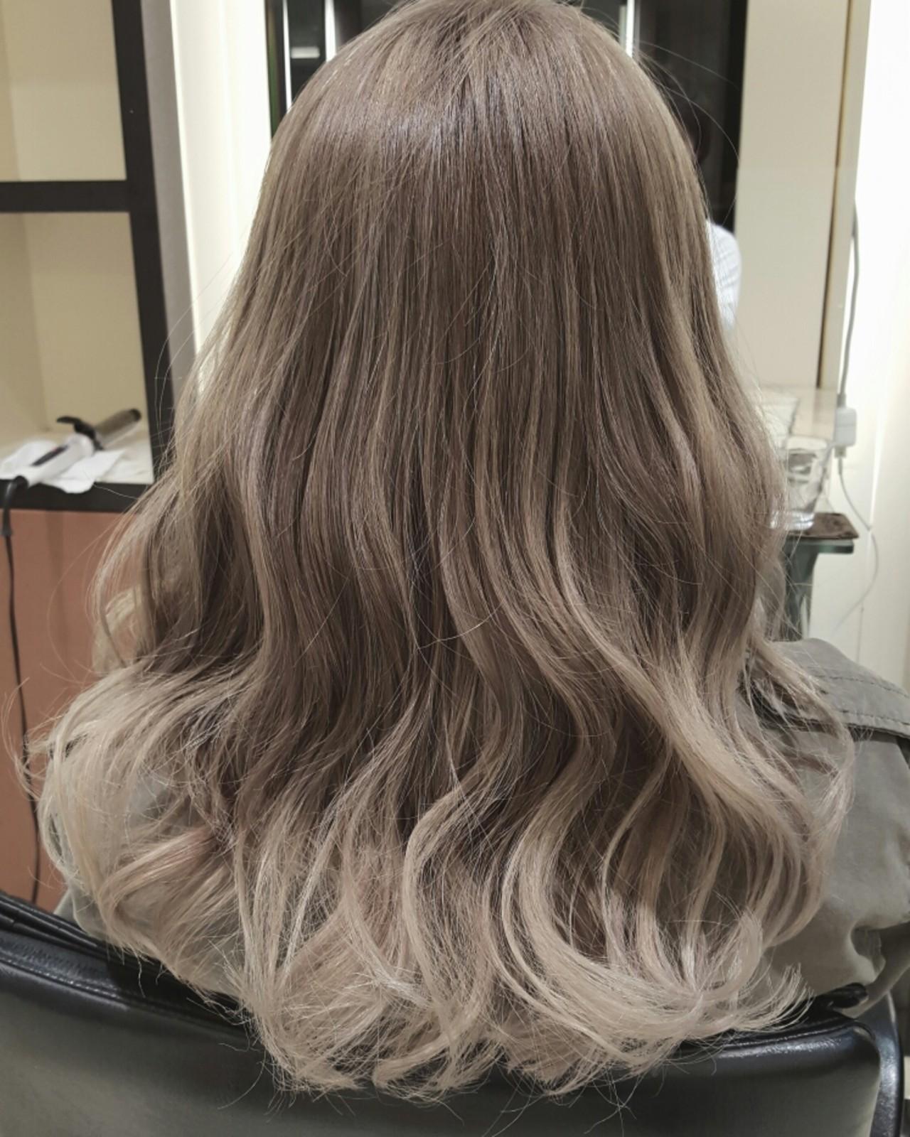 セミロング グラデーションカラー ハイライト アッシュ ヘアスタイルや髪型の写真・画像 | 小森谷裕人.oasis3142 / OASIS3142【表参道/青山】