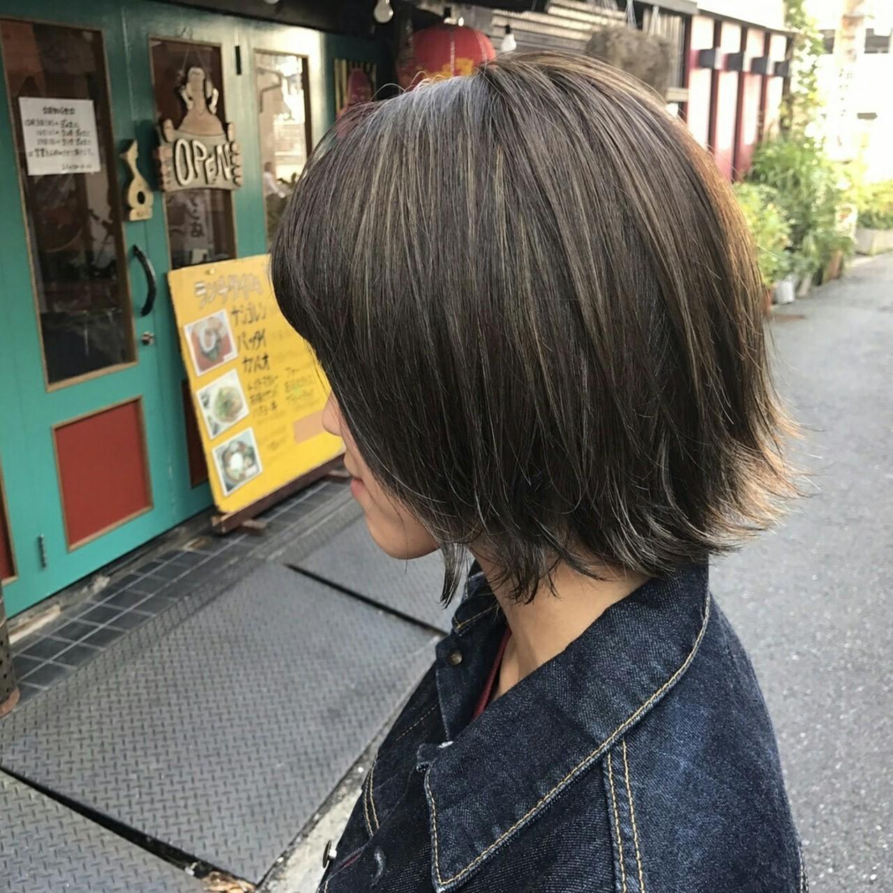 暗髪 ハイライト アッシュベージュ ボブ ヘアスタイルや髪型の写真・画像