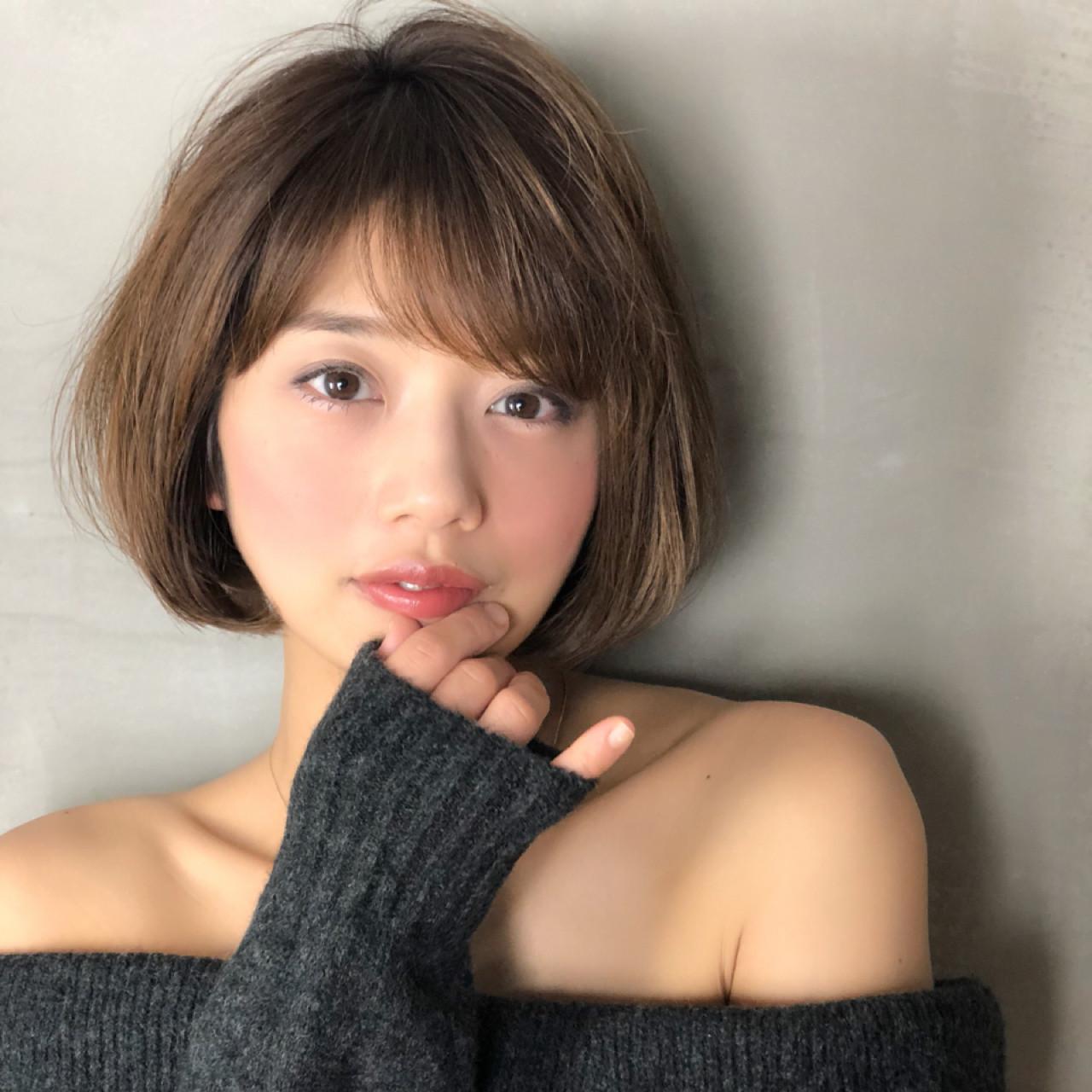 オフィス フェミニン 色気 前下がり ヘアスタイルや髪型の写真・画像 | Ninomiya Takashi / Grege