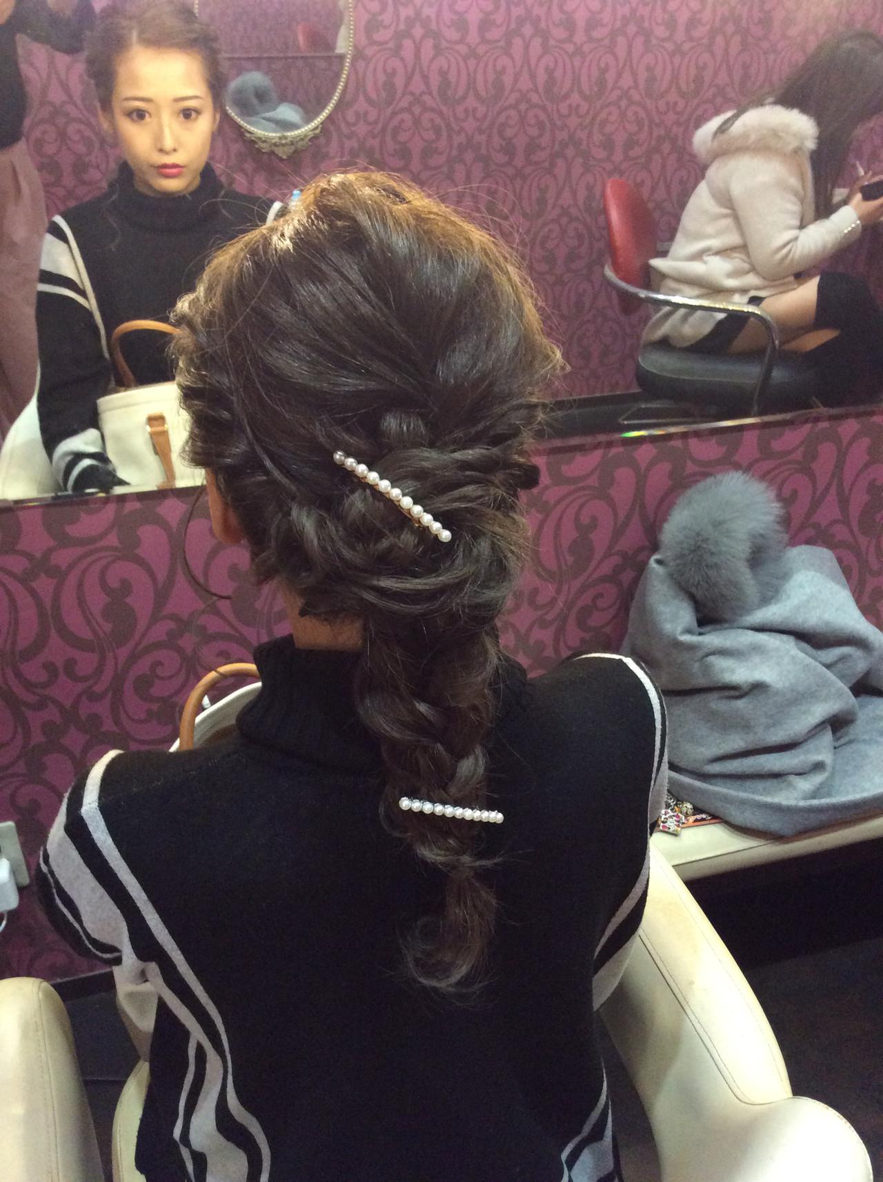 編み込みヘア 編み込み ナチュラル ロング ヘアスタイルや髪型の写真・画像