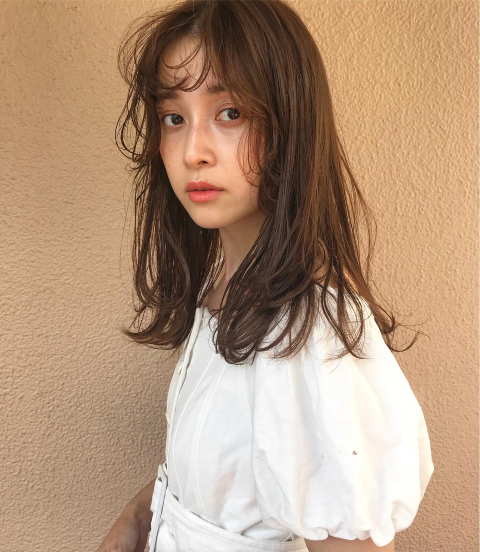 デート ヘアアレンジ アウトドア ミディアム ヘアスタイルや髪型の写真・画像