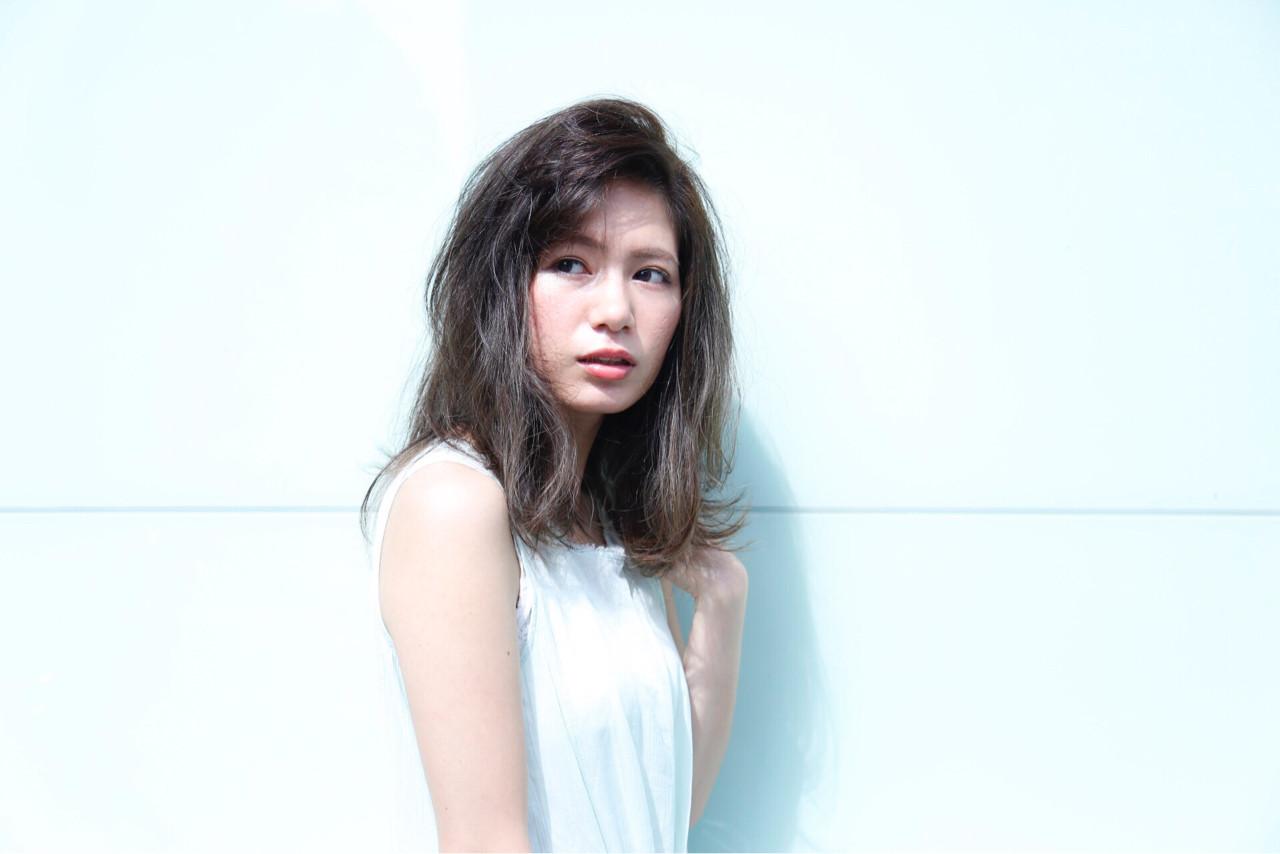 大人女子 かっこいい フェミニン ストレート ヘアスタイルや髪型の写真・画像 | 中村 猛 / MODE K's 塚本店 (モードケイズ)