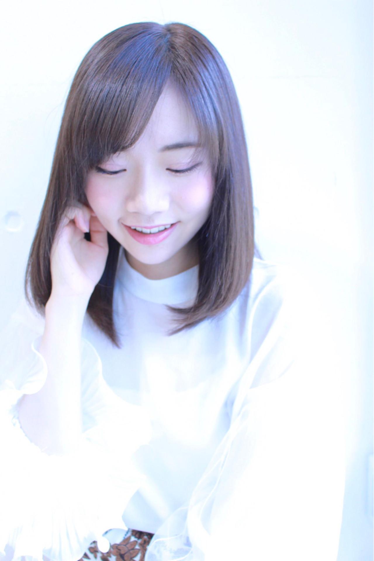 ミディアム 愛され リラックス オフィス ヘアスタイルや髪型の写真・画像 | risa /