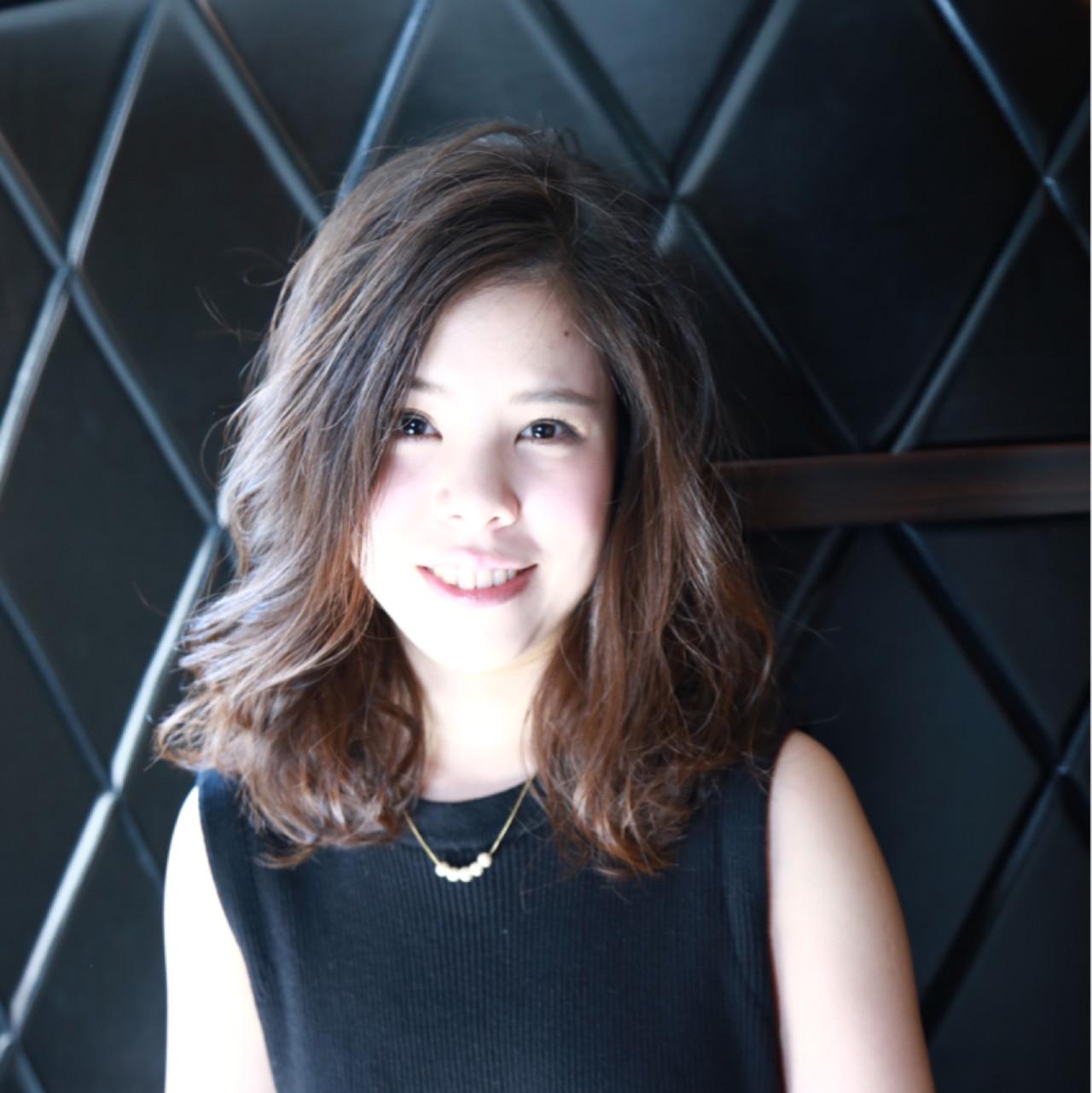 http://lanterna.co.jp/  オフィスで冴える髪型