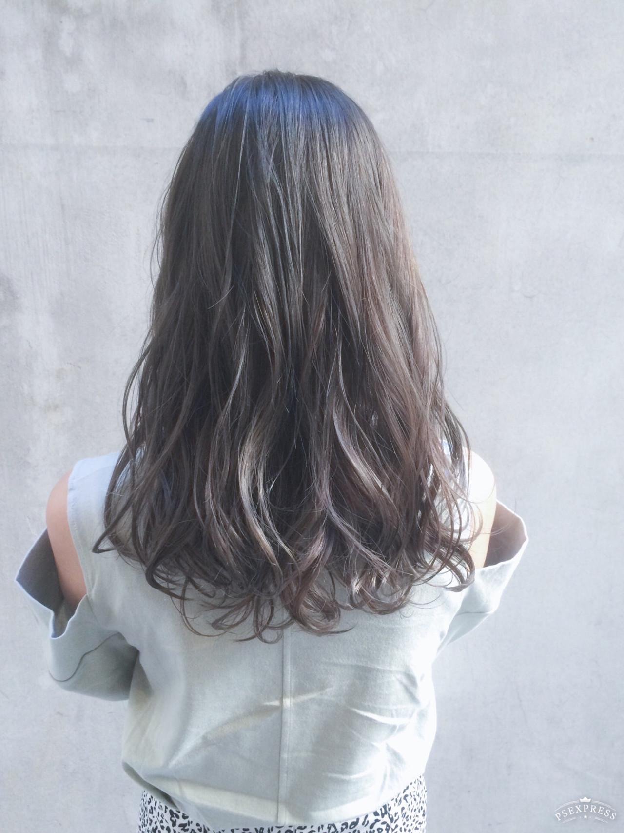 ナチュラル ミディアム 大人かわいい アンニュイほつれヘア ヘアスタイルや髪型の写真・画像 | Tierra / 町田雄一 / Tierra harajuku