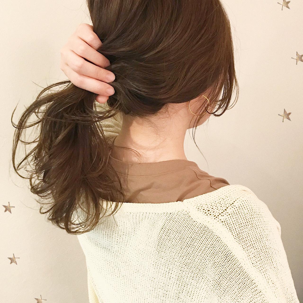 伸ばしかけ ゆるふわ ゆるナチュラル セミロング ヘアスタイルや髪型の写真・画像
