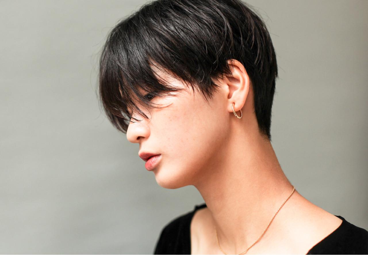 ショート マニッシュ 黒髪 メンズ ヘアスタイルや髪型の写真・画像
