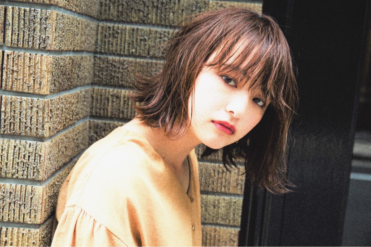 外ハネ 簡単ヘアアレンジ デート ナチュラル ヘアスタイルや髪型の写真・画像